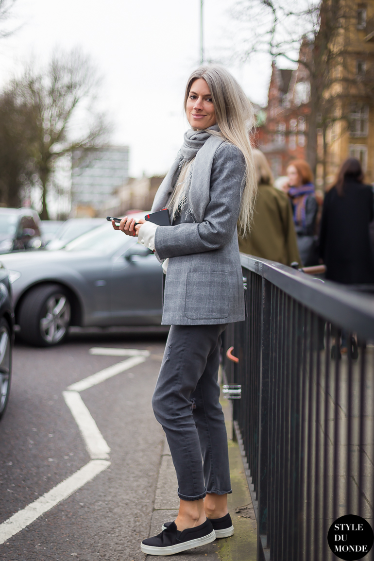 Sarah Harris Street Style Street Fashion by STYLEDUMONDE Street Style Fashion Blog