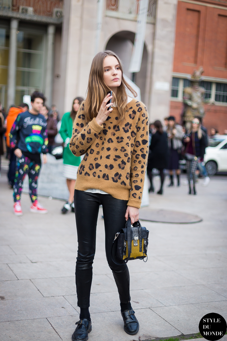 Tilda Lindstam Street Style Street Fashion by STYLEDUMONDE Street Style Fashion Blog