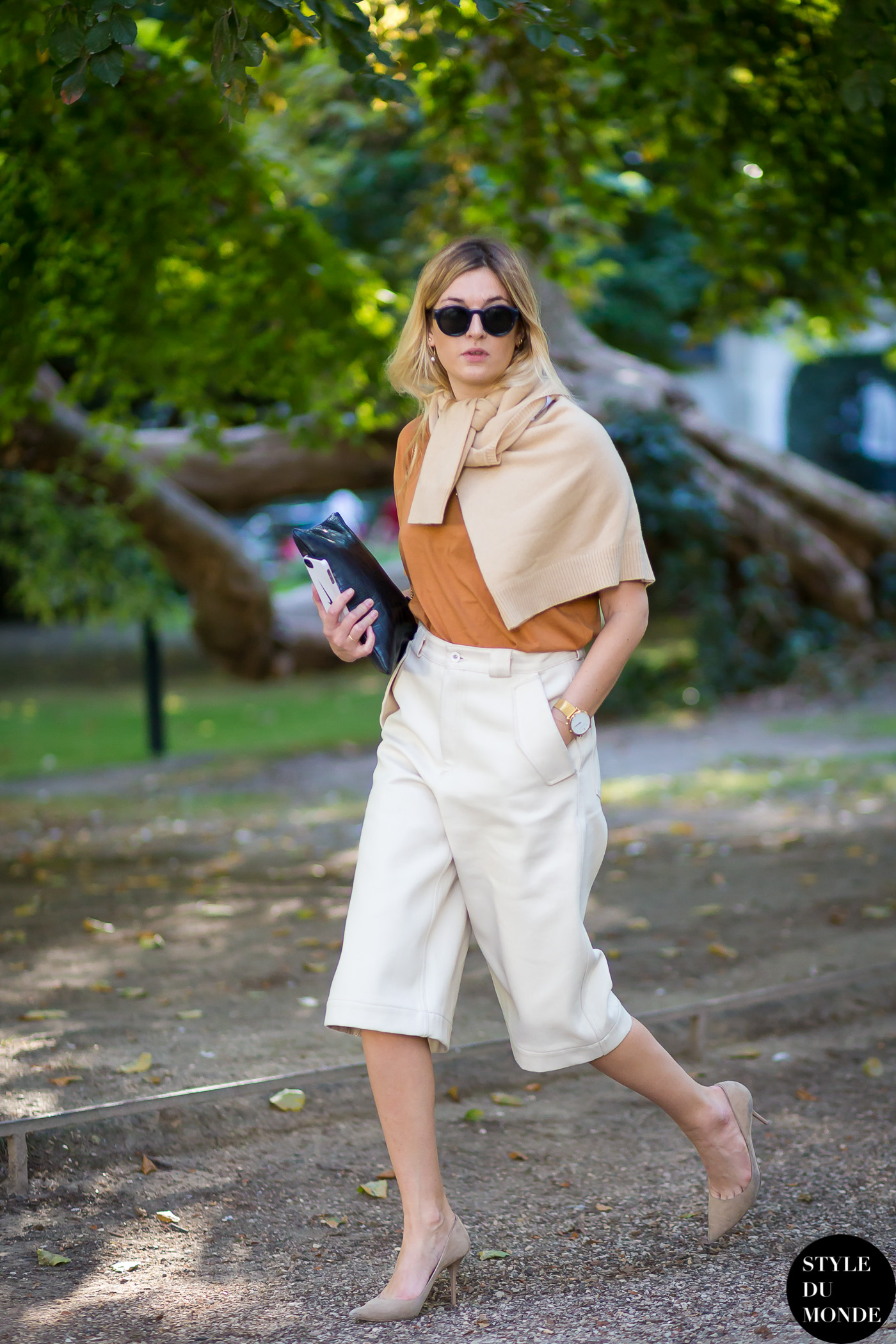Camille Charrière Street Style Street Fashion Streetsnaps by STYLEDUMONDE Street Style Fashion Blog