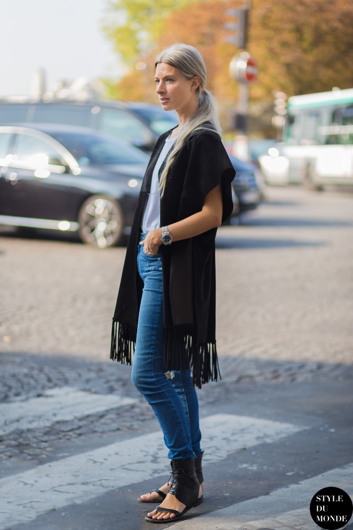 Sarah Harris Street Style Street Fashion Streetsnaps by STYLEDUMONDE Street Style Fashion Blog