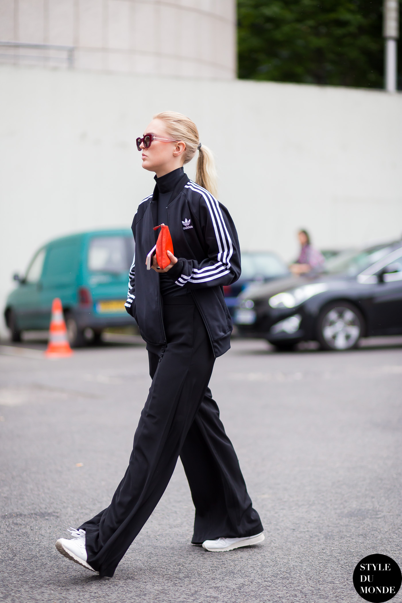 Before Givenchy fashion show adidas Street Style Street Fashion Streetsnaps by STYLEDUMONDE Street Style Fashion Blog