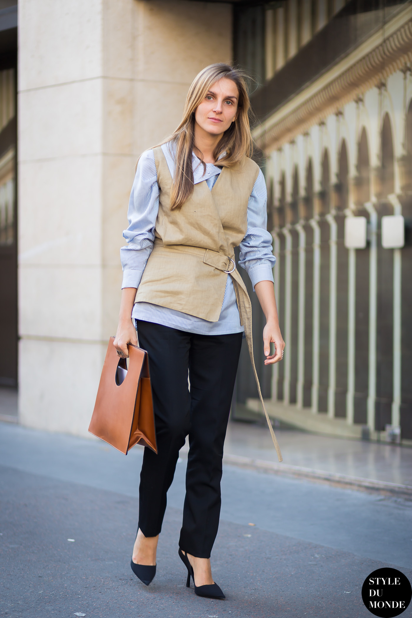 Gaia Repossi Street Style Street Fashion Streetsnaps by STYLEDUMONDE Street Style Fashion Blog