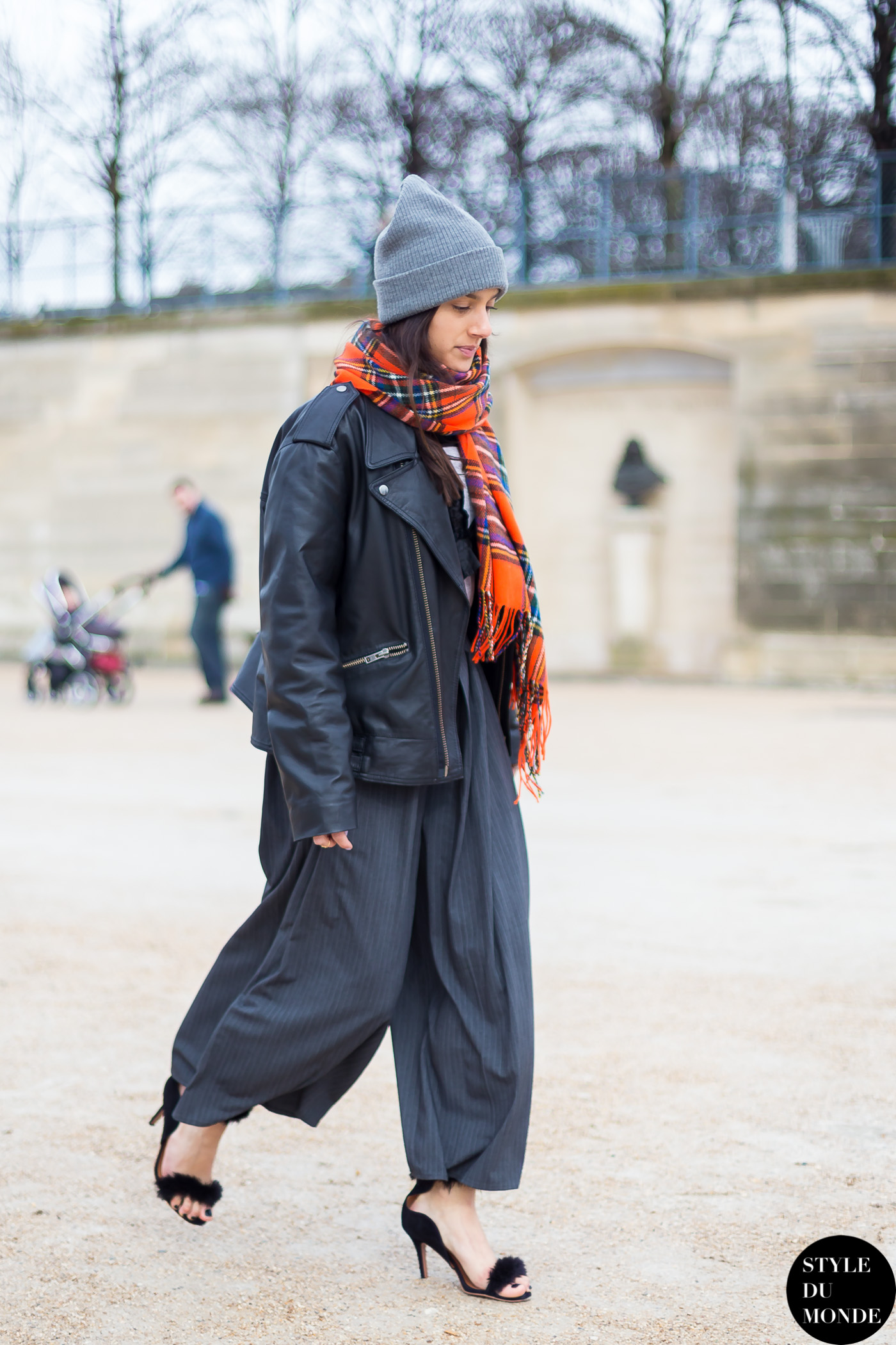 Before Rochas Street Style Street Fashion Streetsnaps by STYLEDUMONDE Street Style Fashion Blog