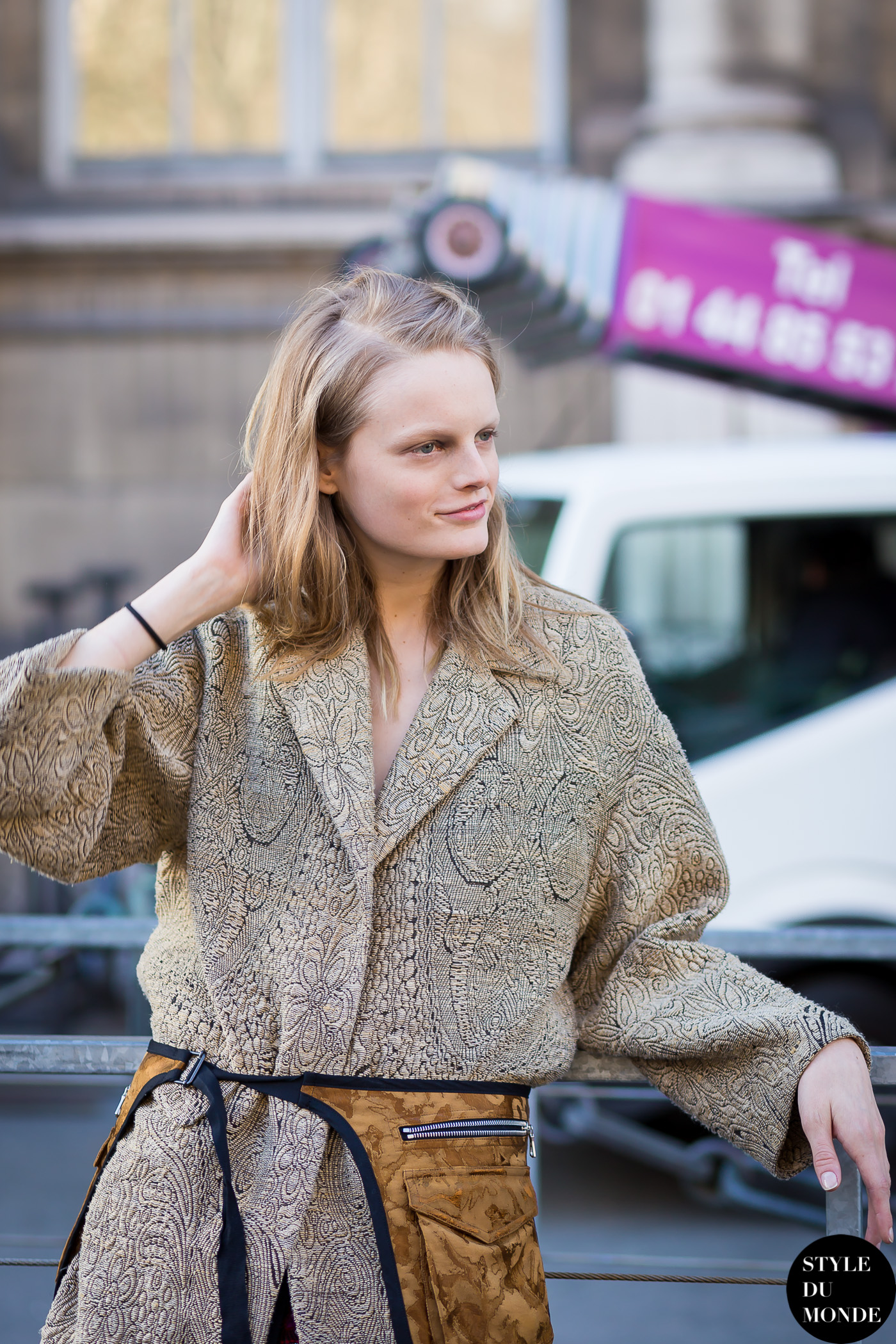 Hanne Gaby Odiele Street Style Street Fashion Streetsnaps by STYLEDUMONDE Street Style Fashion Blog