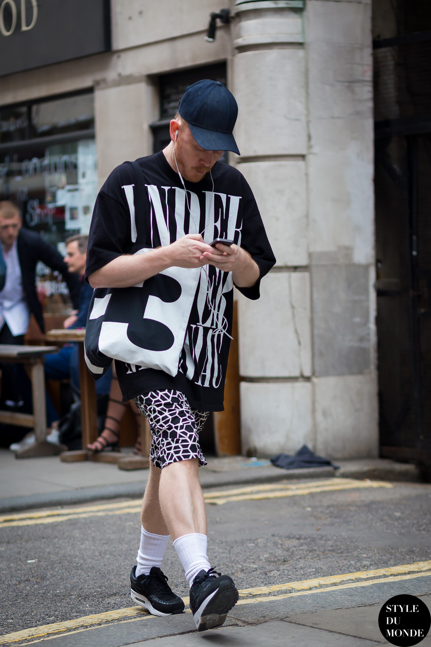 Before Topman Street Style Street Fashion Streetsnaps by STYLEDUMONDE Street Style Fashion Photography
