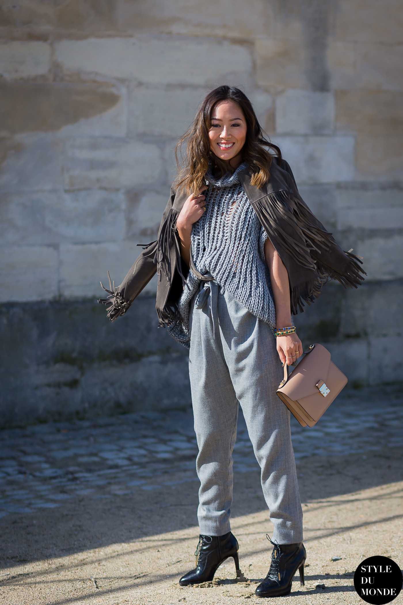 Aimee Song of Style Street Style Street Fashion Streetsnaps by STYLEDUMONDE Street Style Fashion Photography