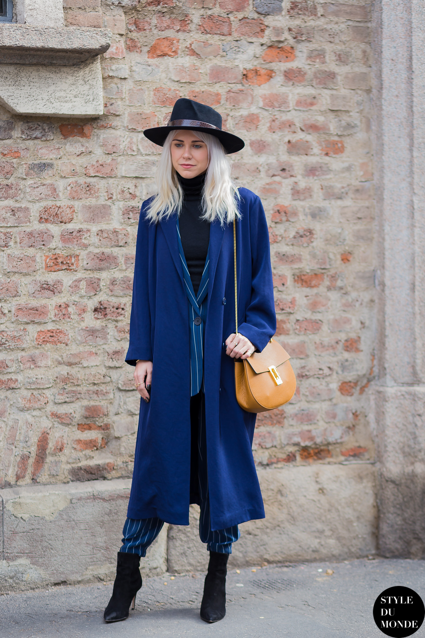 Courtney Trop alwaysjudging Street Style Street Fashion Streetsnaps by STYLEDUMONDE Street Style Fashion Photography