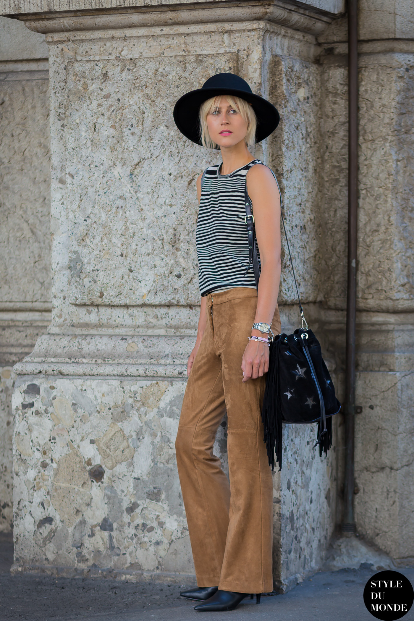 Linda Tol Street Style Street Fashion Streetsnaps by STYLEDUMONDE Street Style Fashion Photography