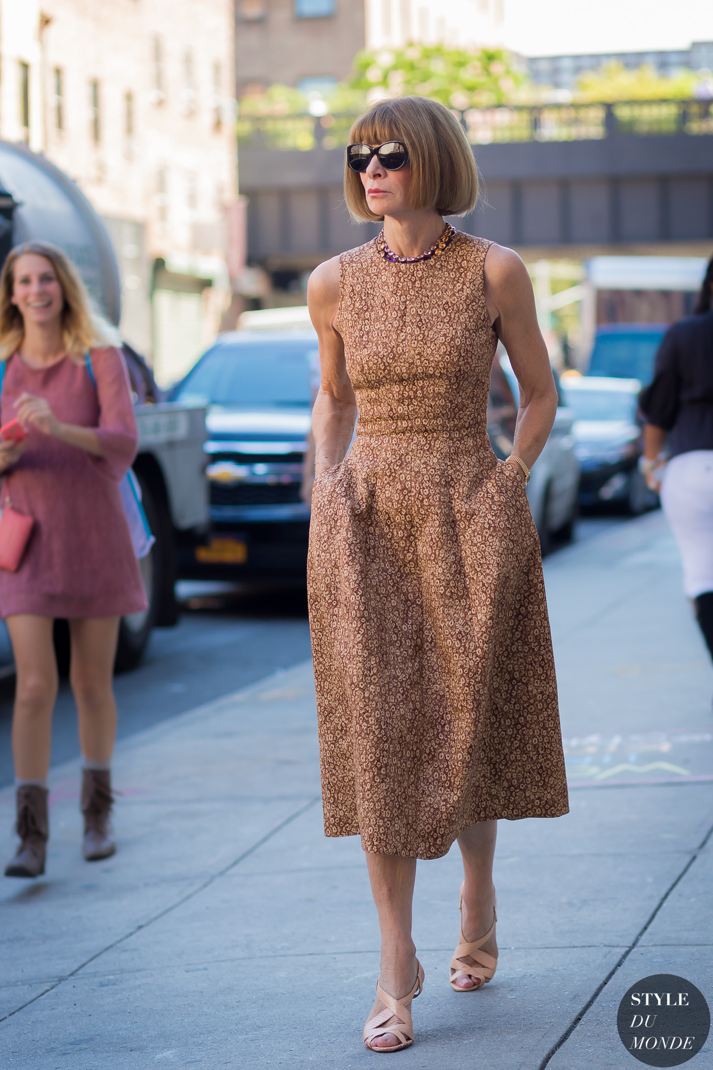 Anna Wintour Street Style Images Galleries With A Bite