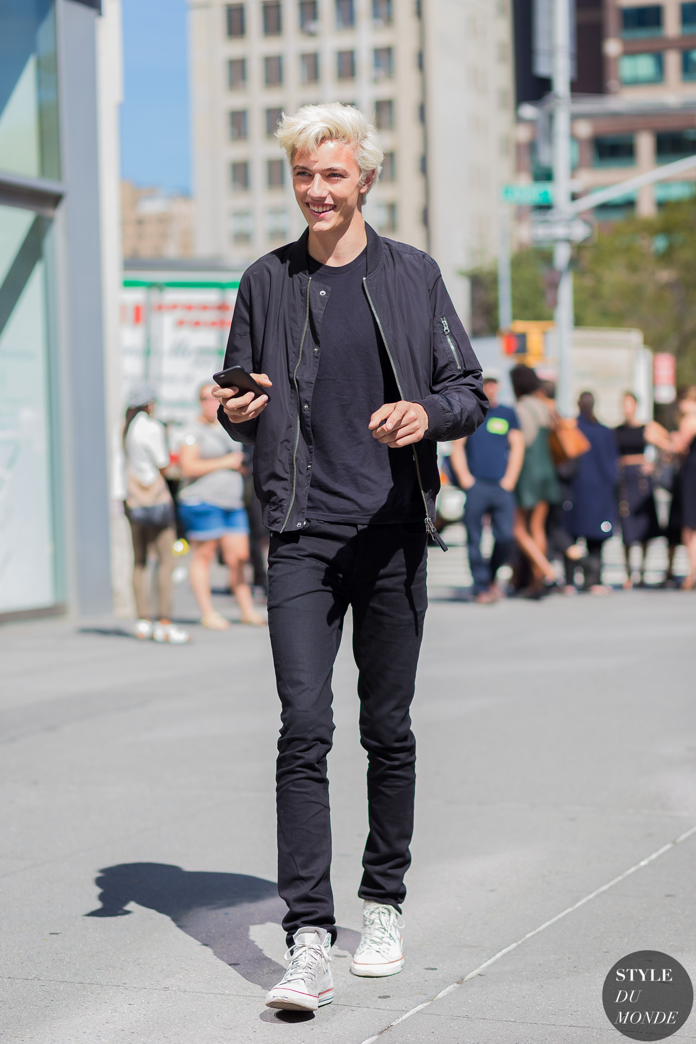 Lucky Blue Smith Style Du Monde Street Style Street Fashion Photos