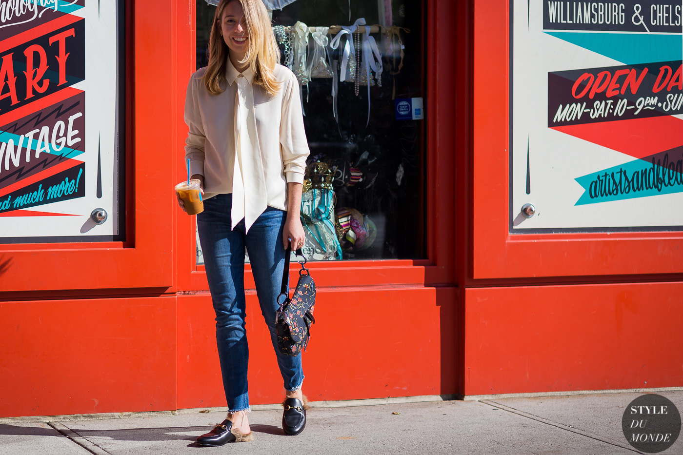 Caroline Grosso Street Style Street Fashion Streetsnaps by STYLEDUMONDE Street Style Fashion Photography