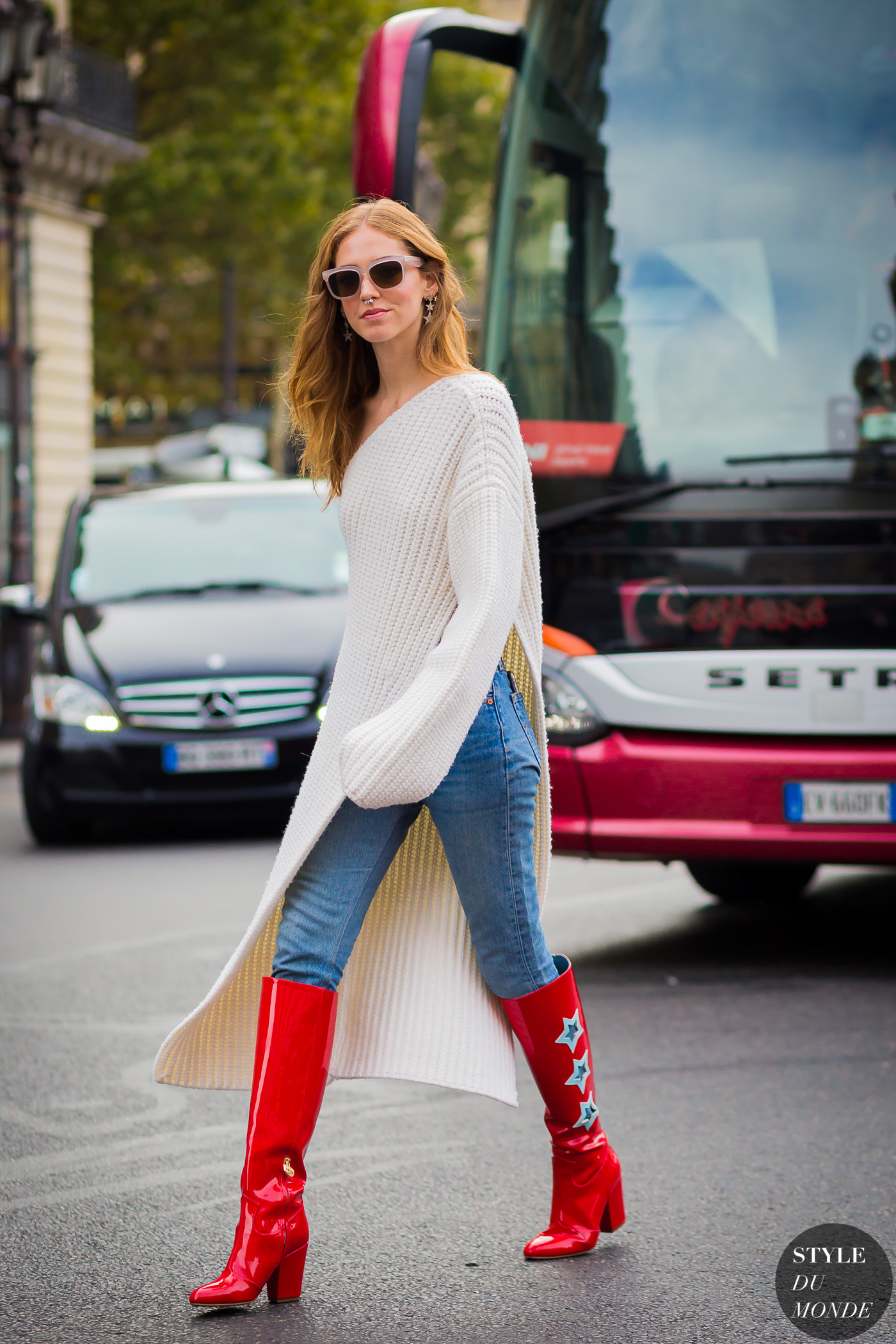 Chiara Ferragni The Blonde Salad Street Style Street Fashion Streetsnaps by STYLEDUMONDE Street Style Fashion Photography