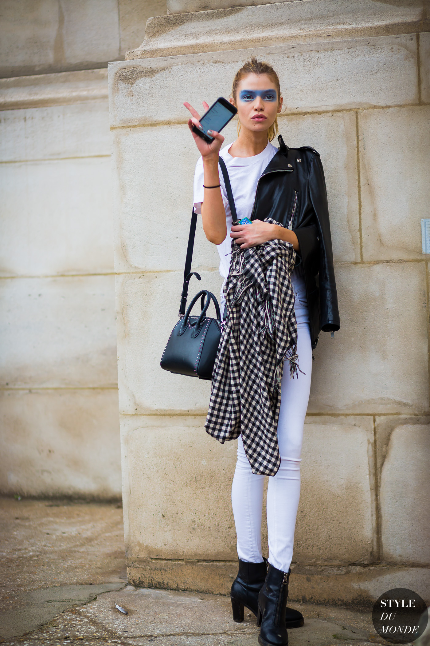 ... Fashion Streetsnaps by STYLEDUMONDE Street Style Fashion Photography