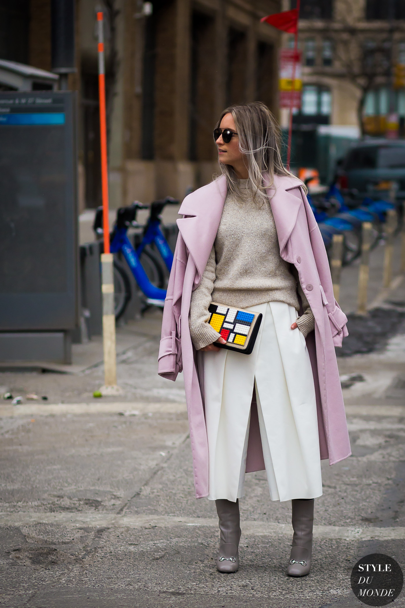 Charlotte Groeneveld Street Style Street Fashion Streetsnaps by STYLEDUMONDE Street Style Fashion Photography
