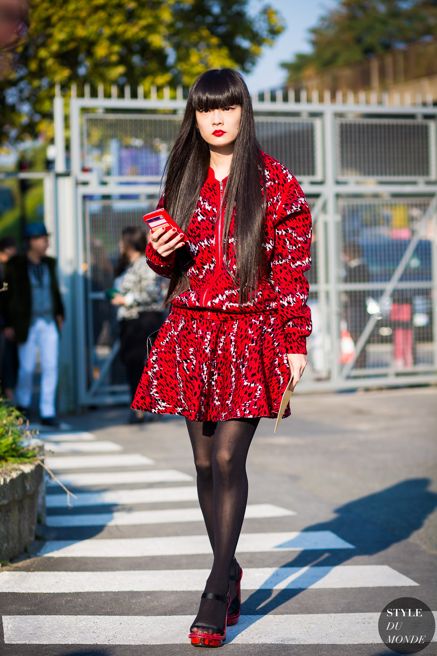 Kozue Akimoto Street Style Street Fashion Streetsnaps by STYLEDUMONDE Street Style Fashion Photography
