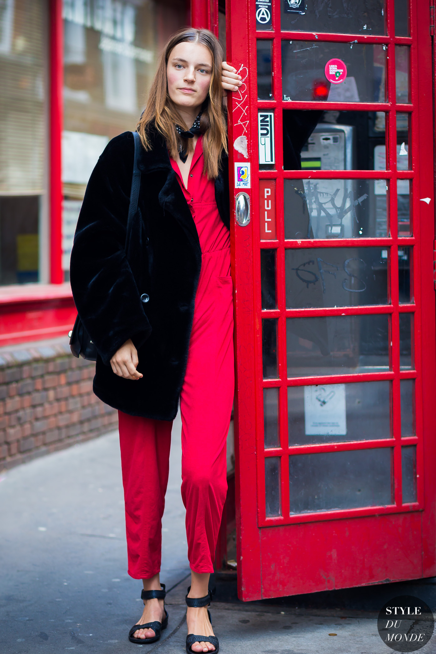 Laura Kampman Street Style Street Fashion Streetsnaps by STYLEDUMONDE Street Style Fashion Photography