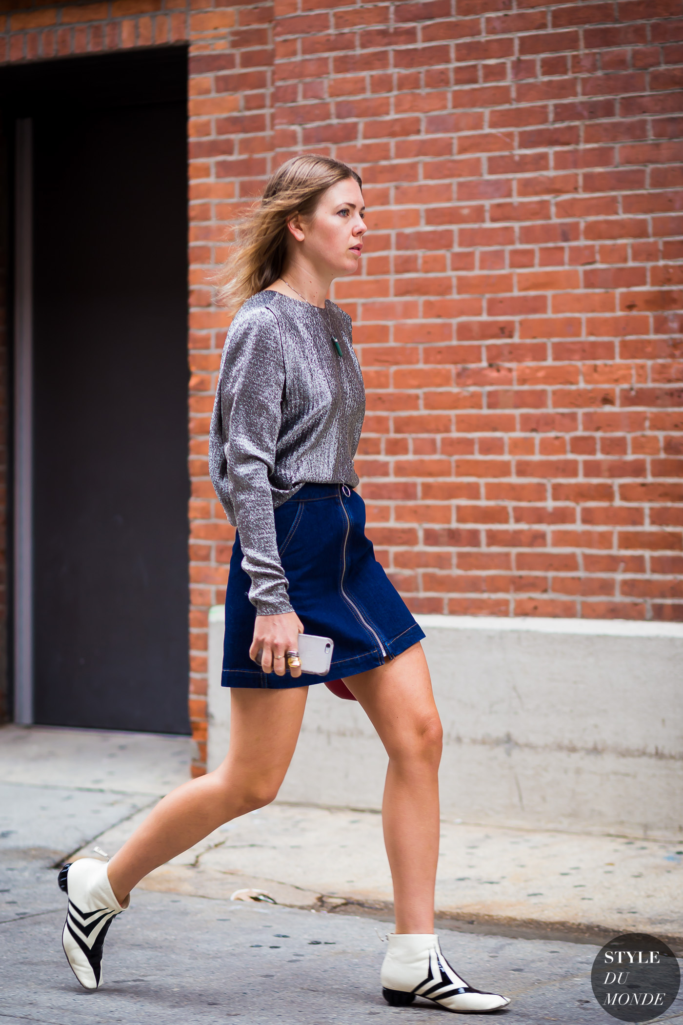 Megan Bowman Gray Street Style Street Fashion Streetsnaps by STYLEDUMONDE Street Style Fashion Photography