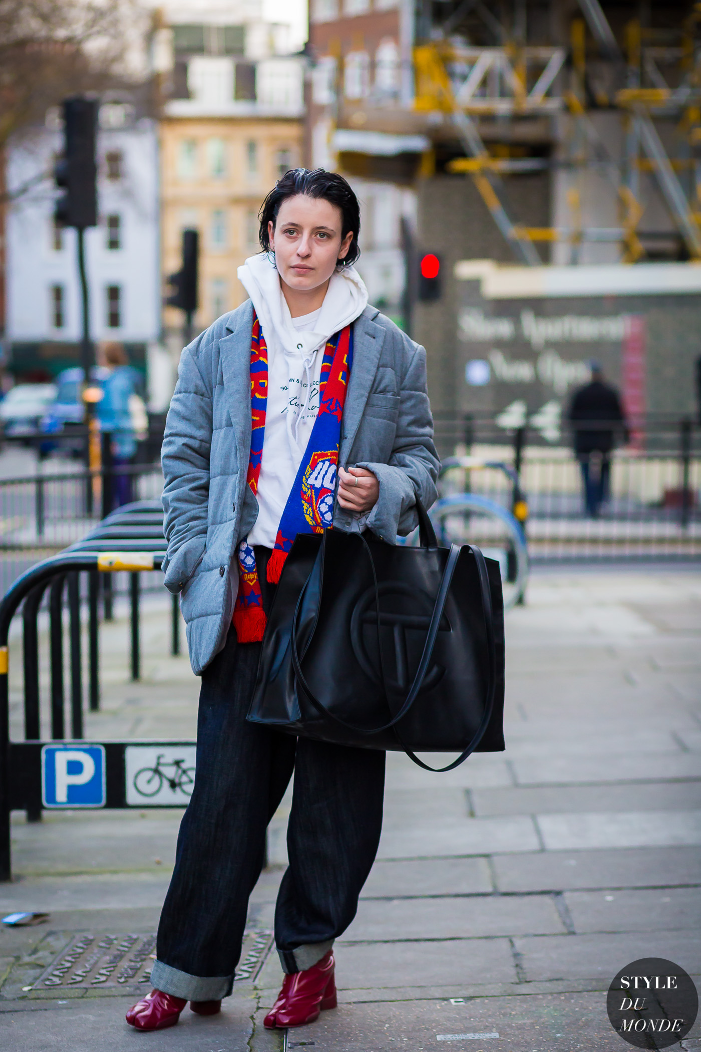 After Christopher Raeburn Street Style Street Fashion Streetsnaps by STYLEDUMONDE Street Style Fashion Photography