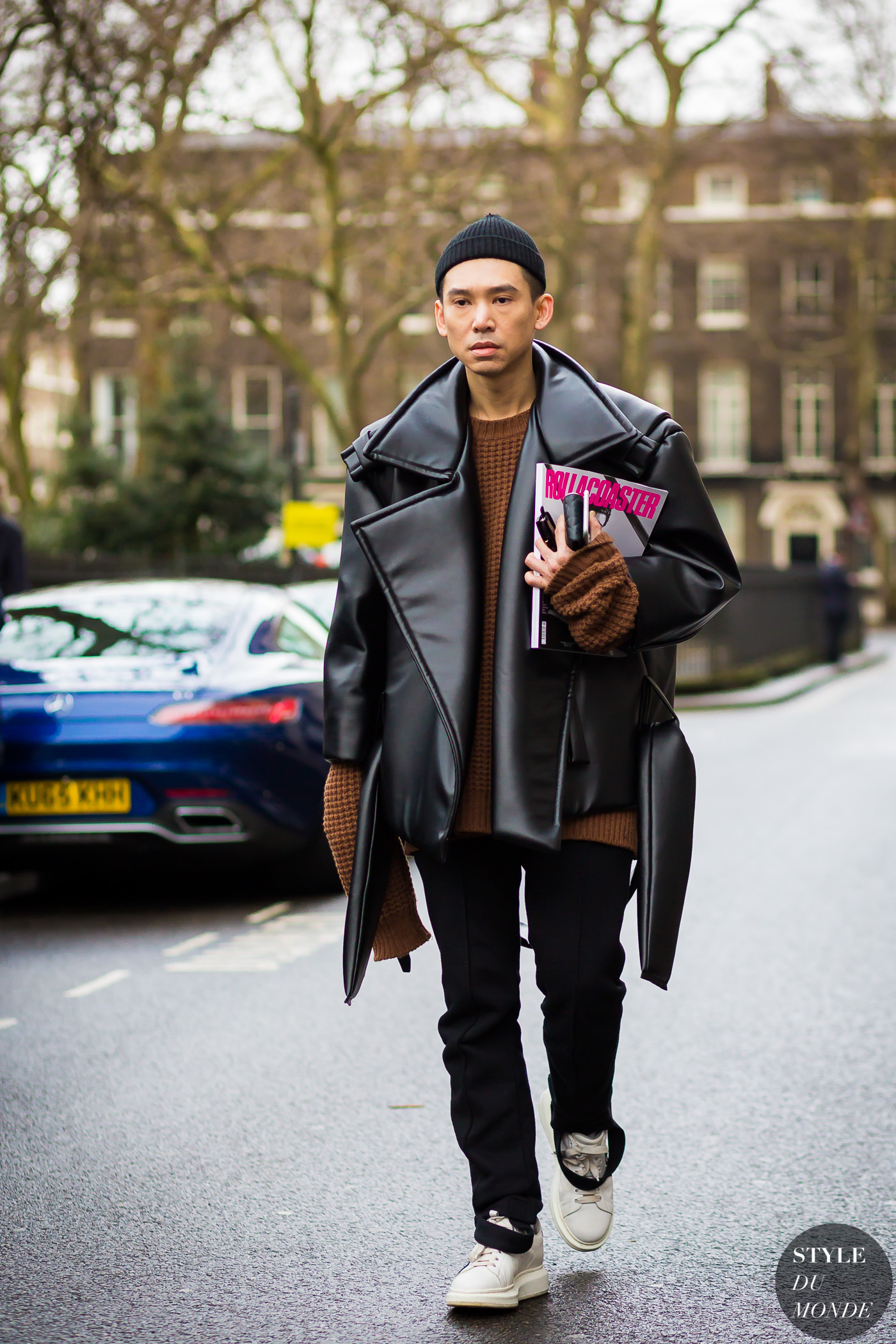 Before Xander Zhou Street Style Street Fashion Streetsnaps by STYLEDUMONDE Street Style Fashion Photography