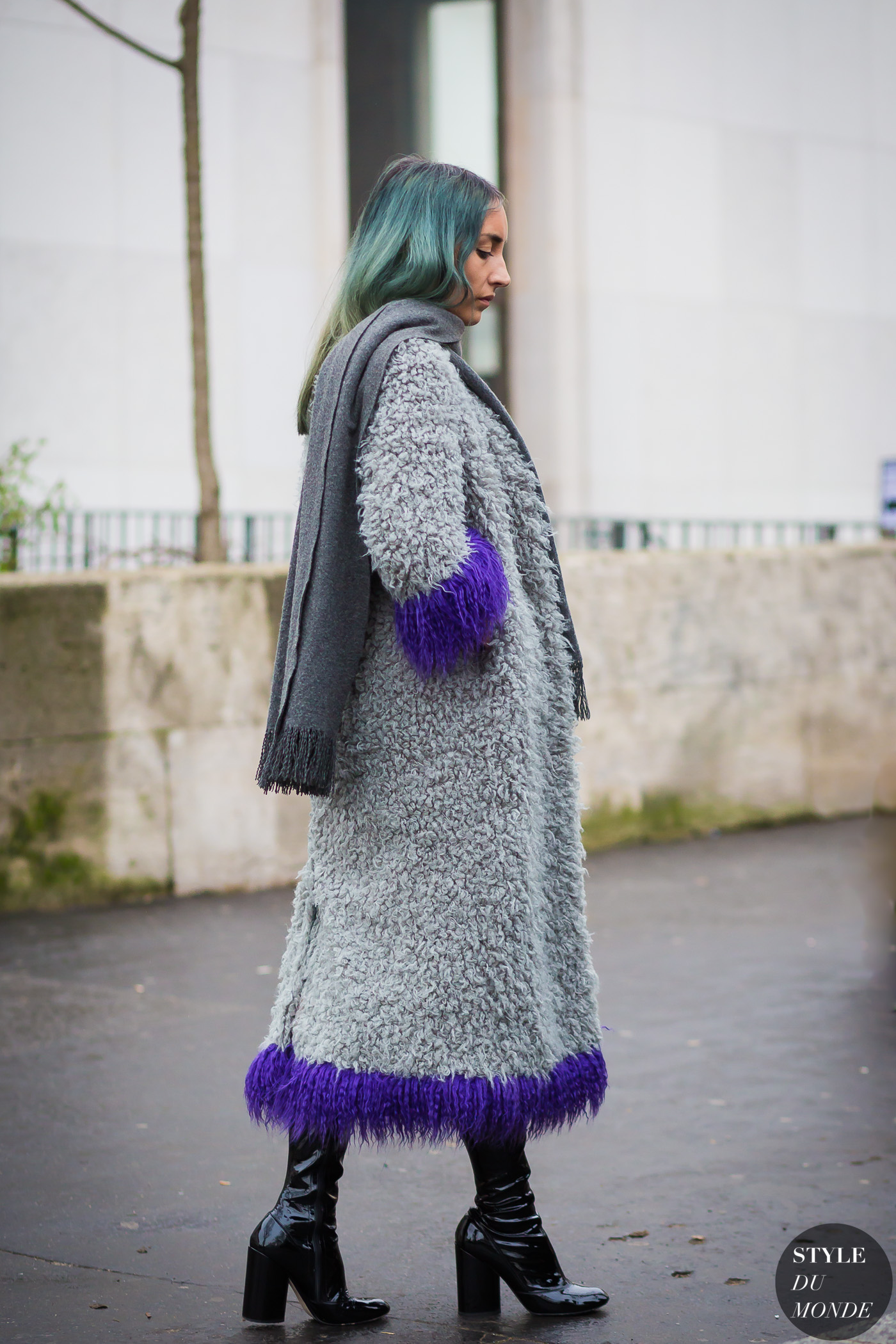 Elizabeth Fraser-Bell Street Style Street Fashion Streetsnaps by STYLEDUMONDE Street Style Fashion Photography