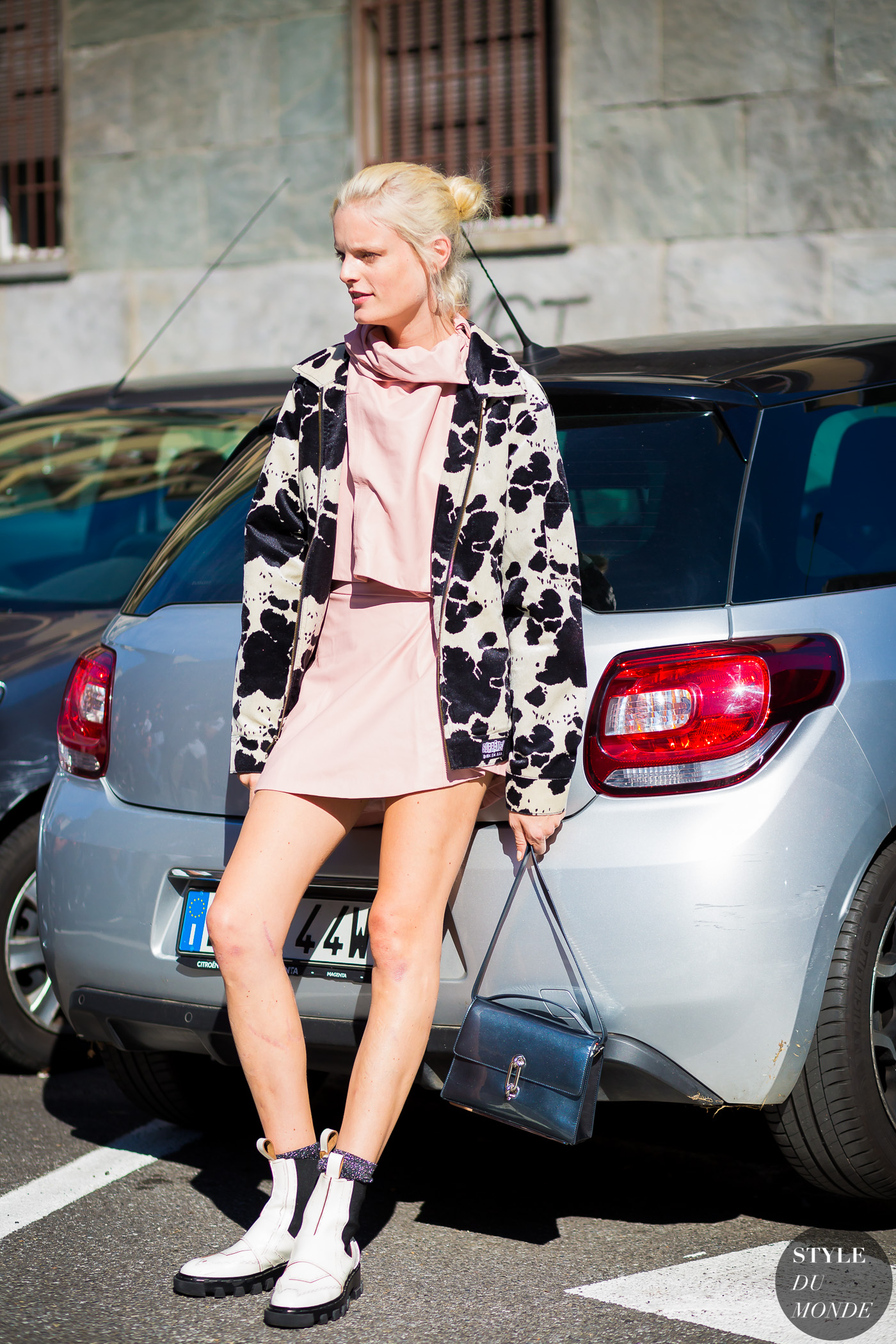 Hanne Gaby Odiele Street Style Street Fashion Streetsnaps by STYLEDUMONDE Street Style Fashion Photography