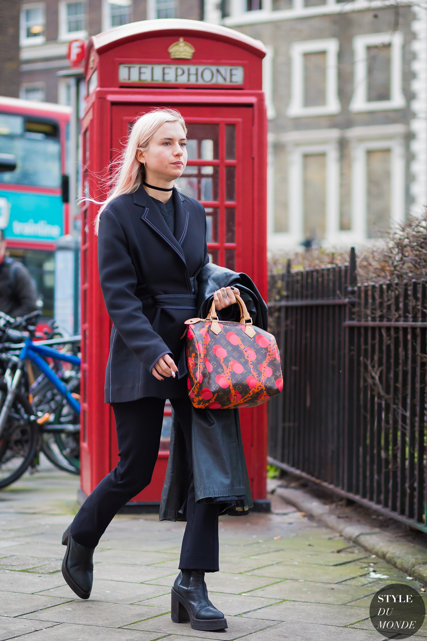Isabella Burley Street Style Street Fashion Streetsnaps by STYLEDUMONDE Street Style Fashion Photography