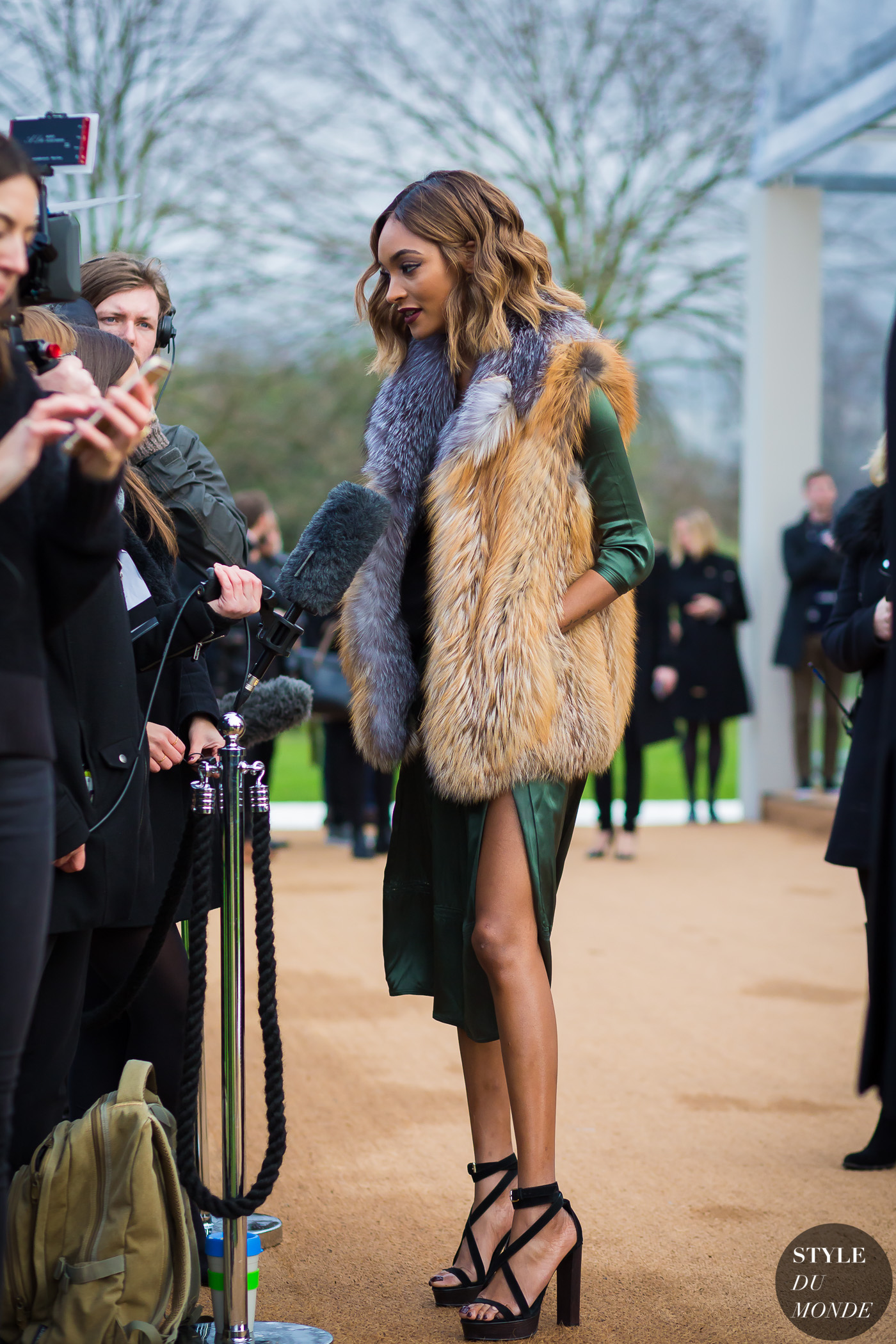 Jourdan Dunn Street Style Street Fashion Streetsnaps by STYLEDUMONDE Street Style Fashion Photography