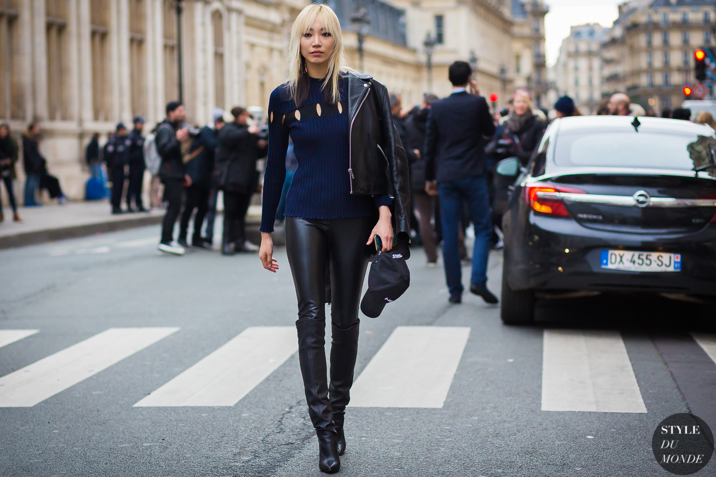 Soo Joo Park Street Style Street Fashion Streetsnaps by STYLEDUMONDE Street Style Fashion Photography