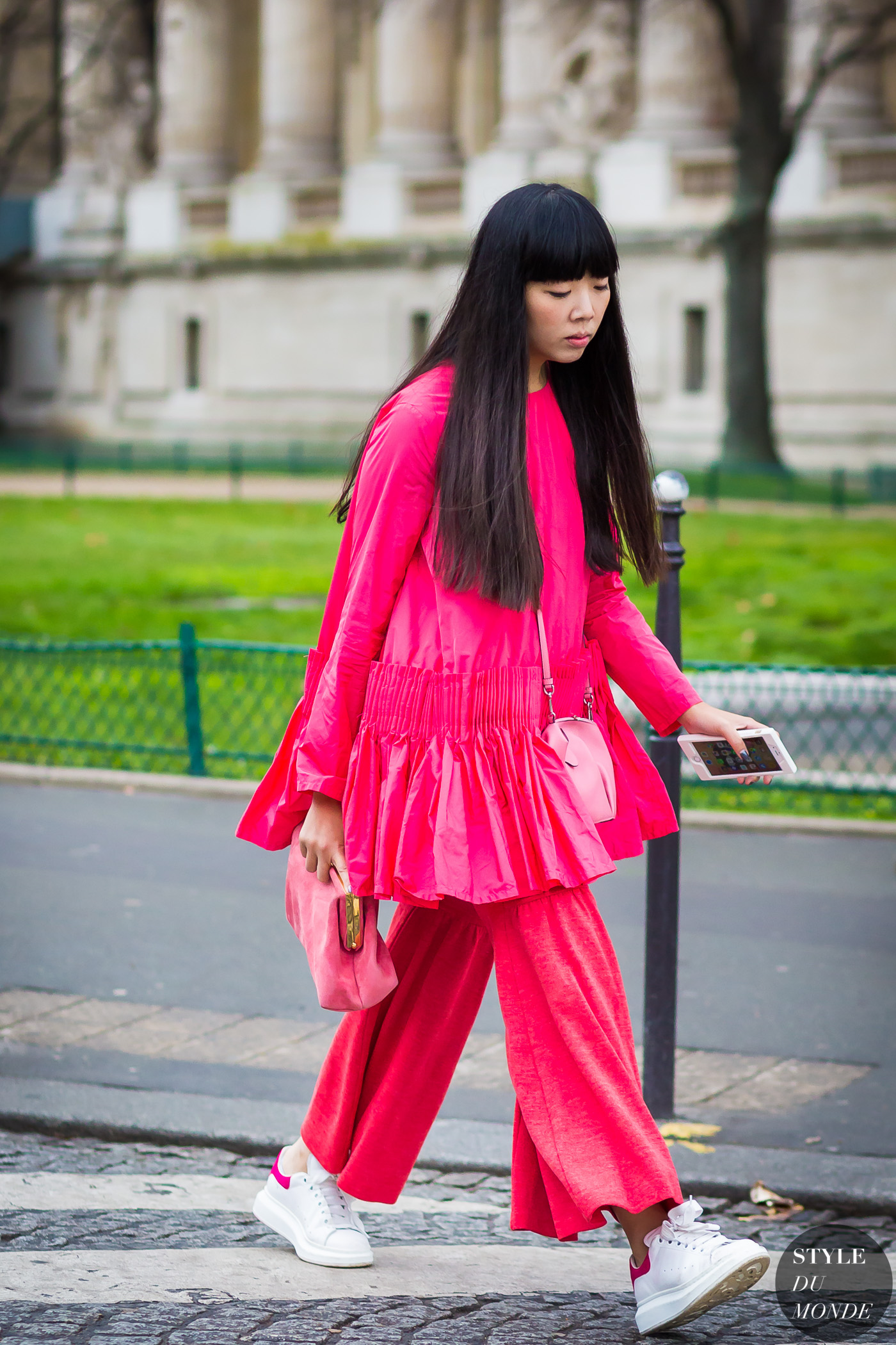 Susie Lau Susie Bubble Street Style Street Fashion Streetsnaps by STYLEDUMONDE Street Style Fashion Photography