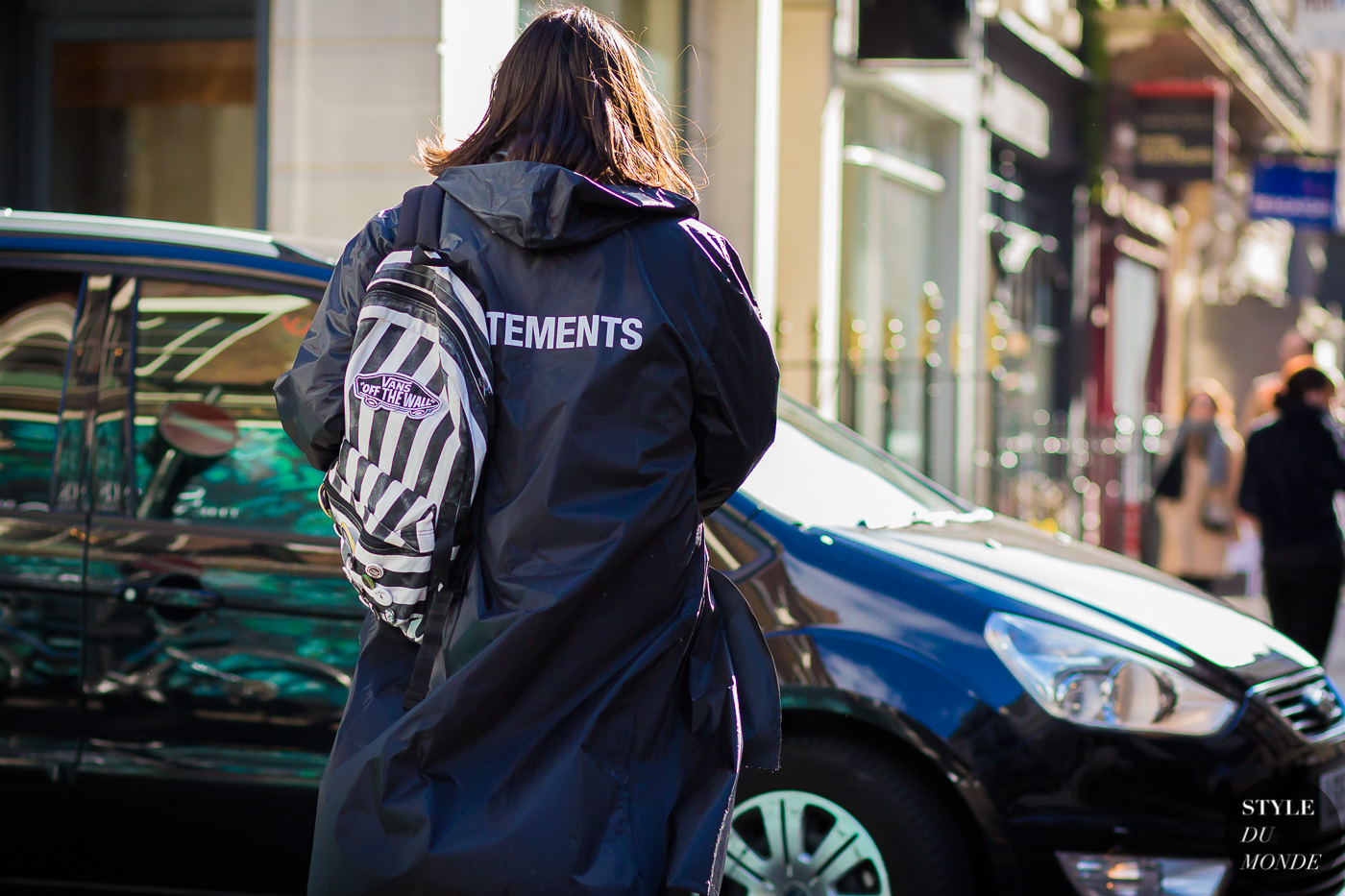 Vetements coat Street Style Street Fashion Streetsnaps by STYLEDUMONDE Street Style Fashion Photography