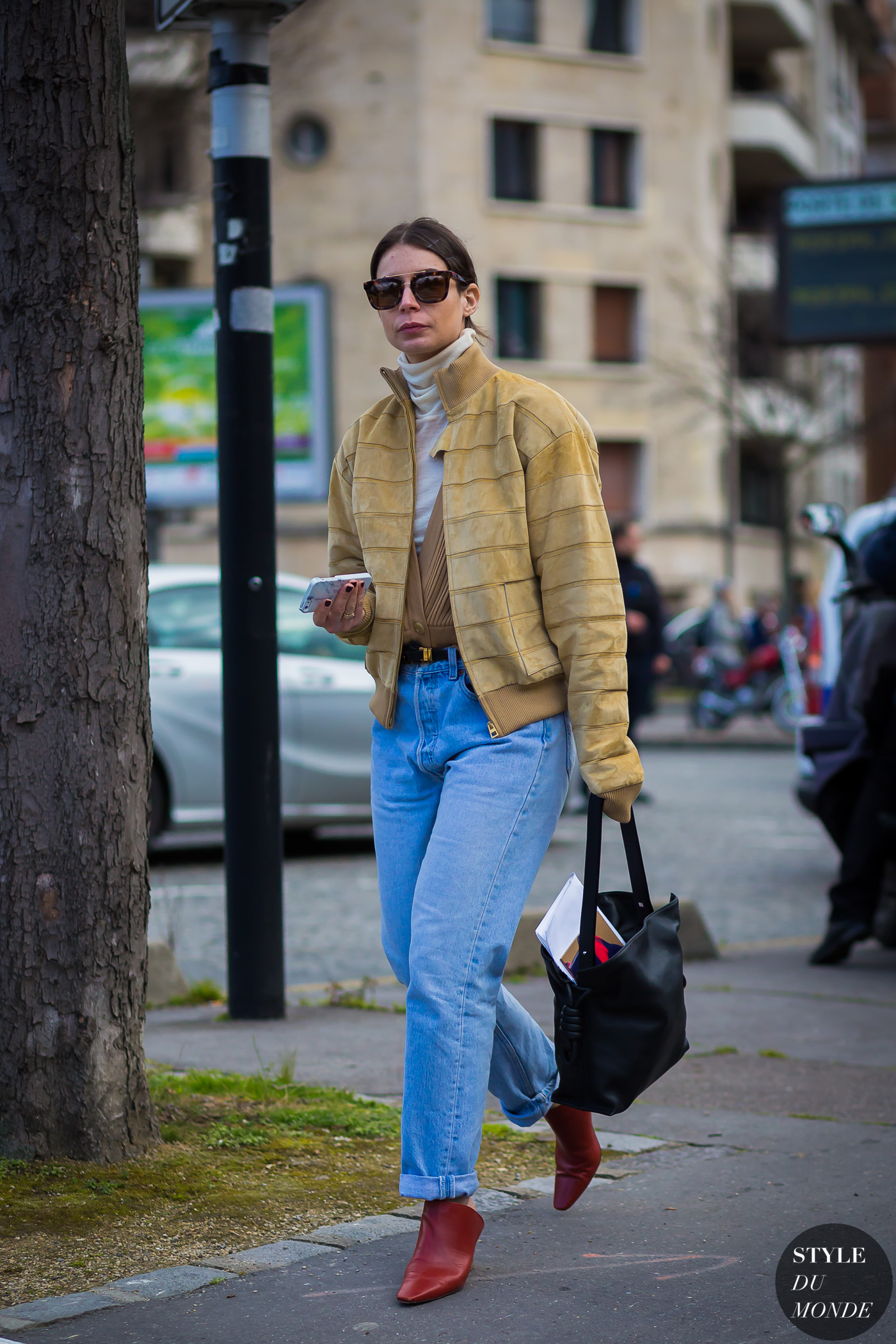 Irina Lakicevic Street Style Street Fashion Streetsnaps by STYLEDUMONDE Street Style Fashion Photography