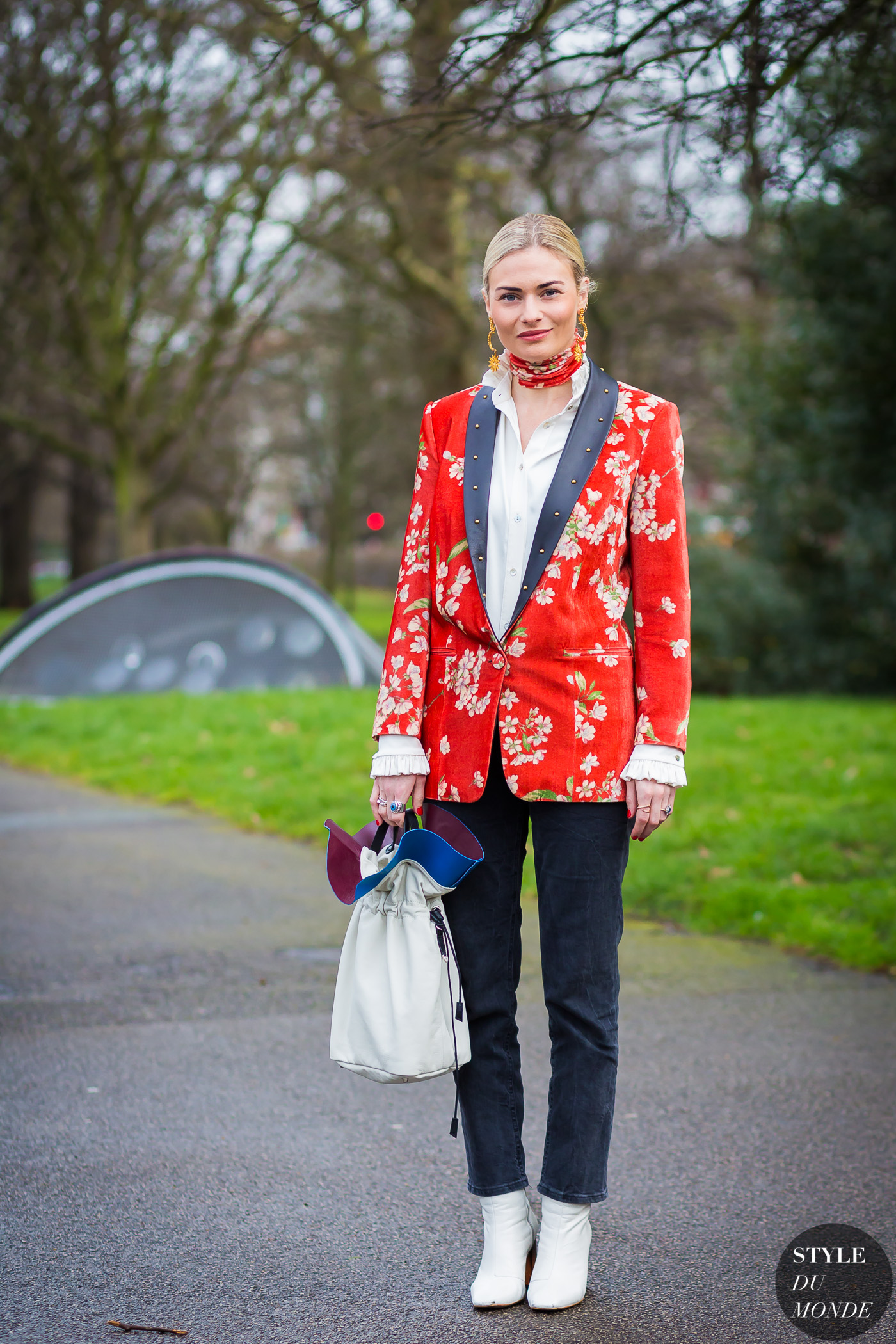 Pandora Sykes Street Style Street Fashion Streetsnaps by STYLEDUMONDE Street Style Fashion Photography