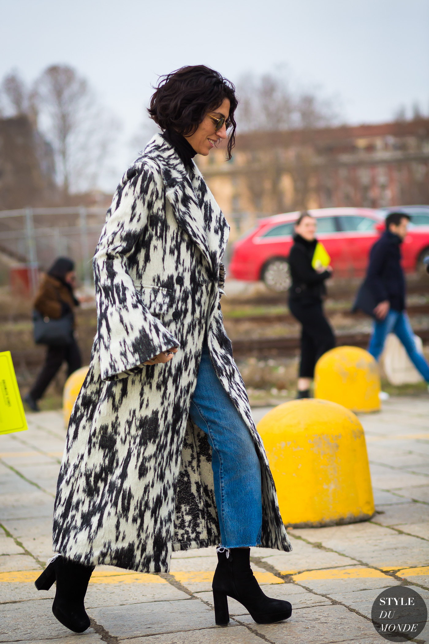 Yasmin Sewell Street Style Street Fashion Streetsnaps by STYLEDUMONDE Street Style Fashion Photography