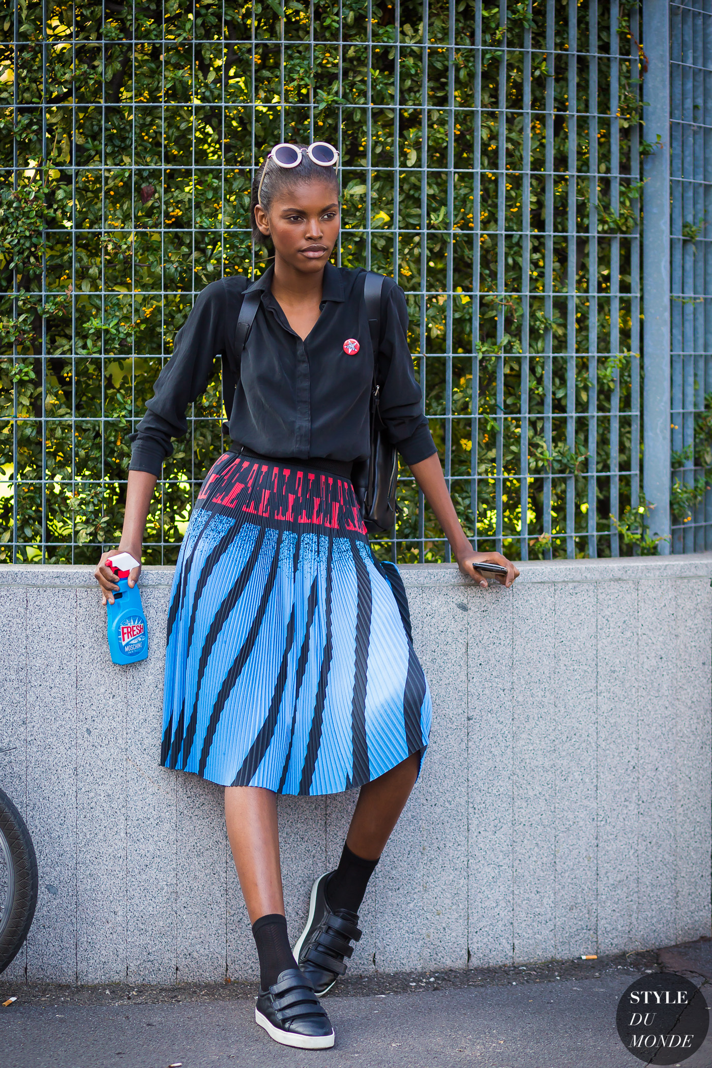 Amilna Estevao Street Style Street Fashion Streetsnaps by STYLEDUMONDE Street Style Fashion Photography
