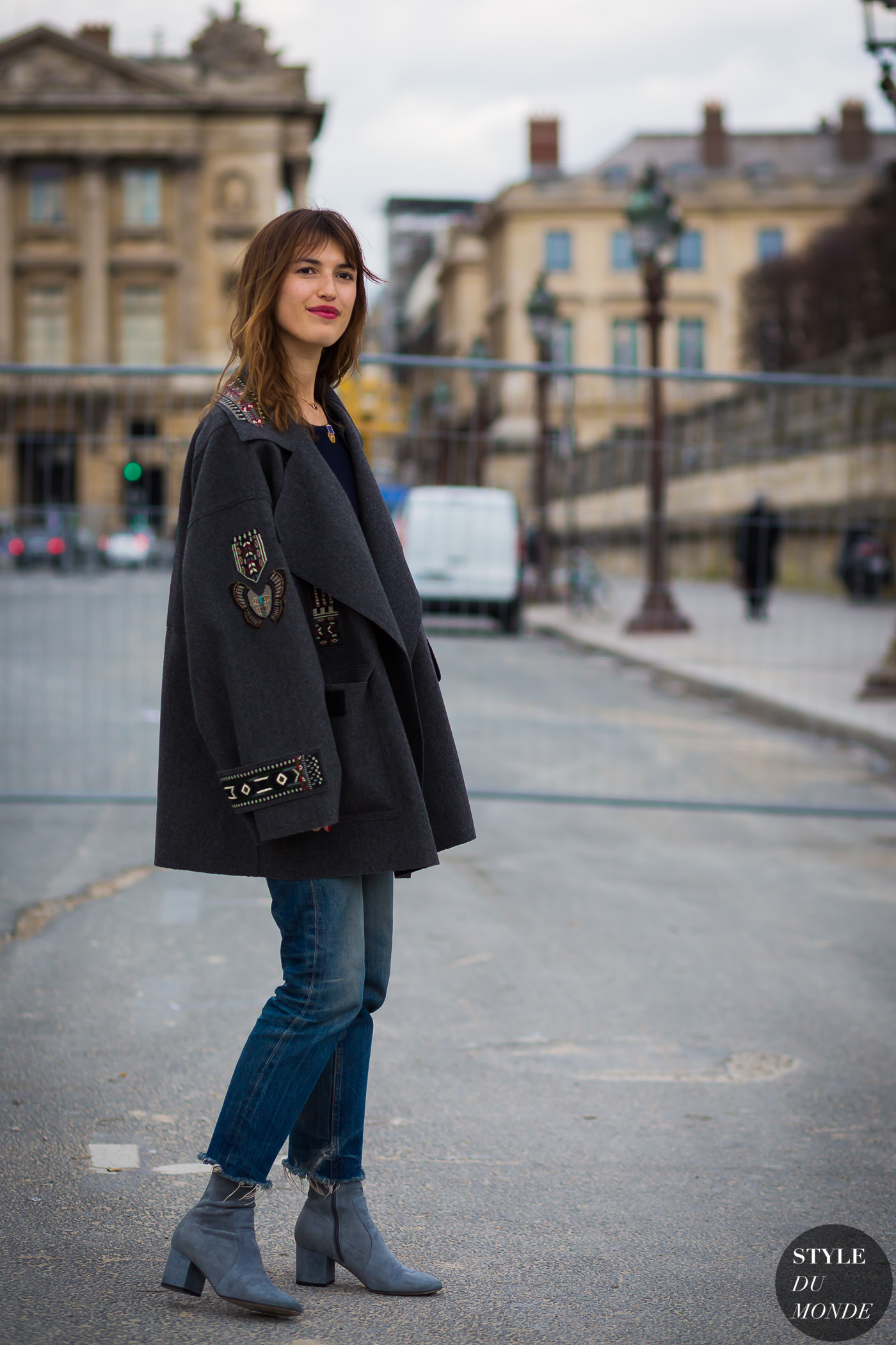 Jeanne Damas Street Style Street Fashion Streetsnaps by STYLEDUMONDE Street Style Fashion Photography