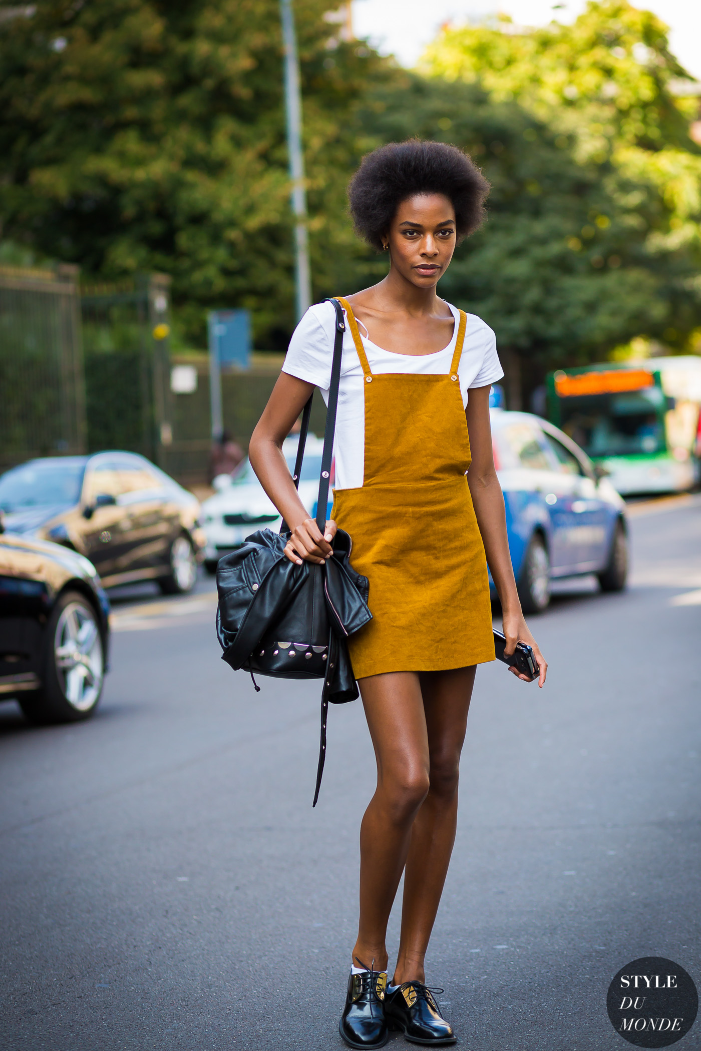 Karly Loyce Street Style Street Fashion Streetsnaps by STYLEDUMONDE Street Style Fashion Photography