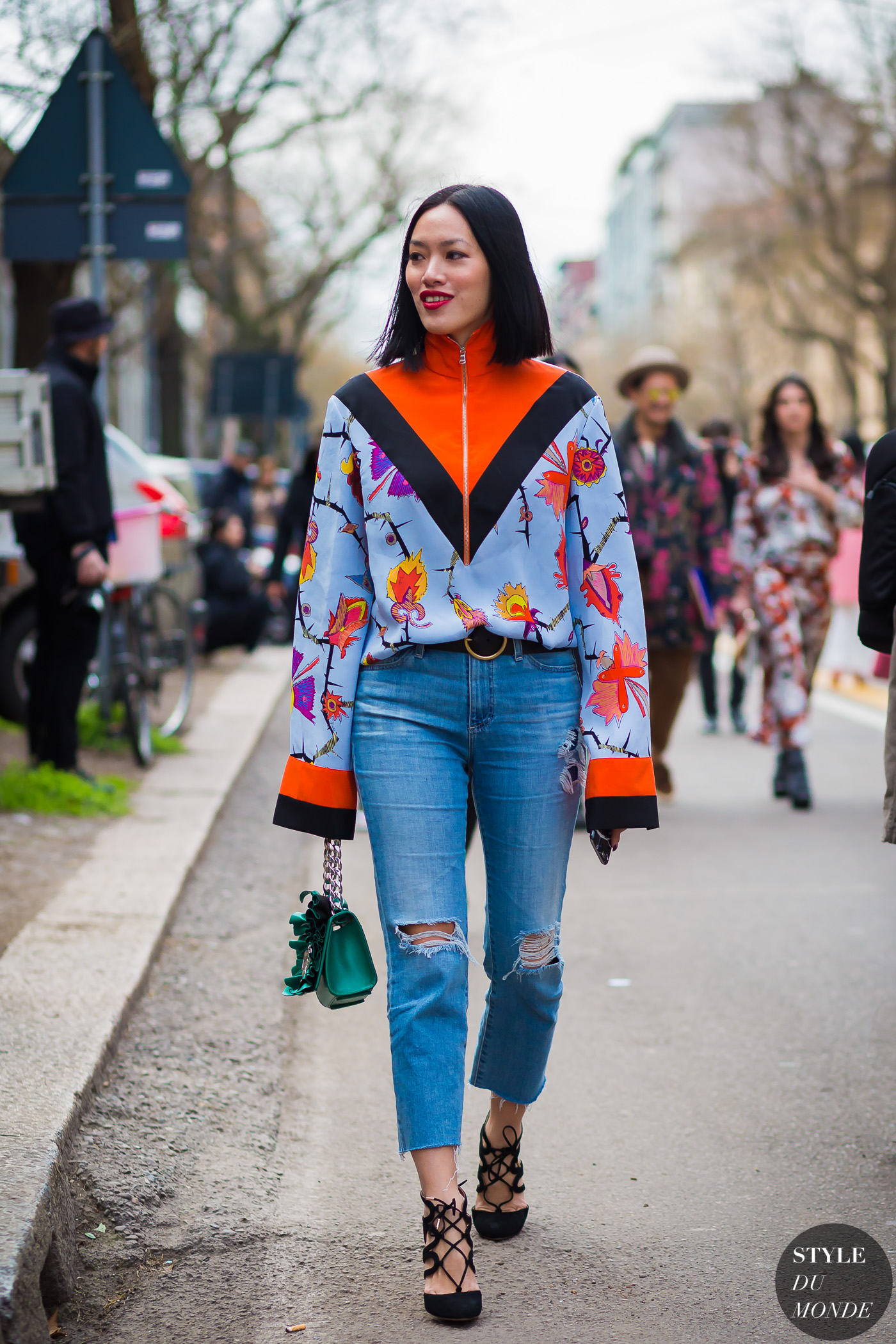 Tiffany Hsu Street Style Street Fashion Streetsnaps by STYLEDUMONDE Street Style Fashion Photography