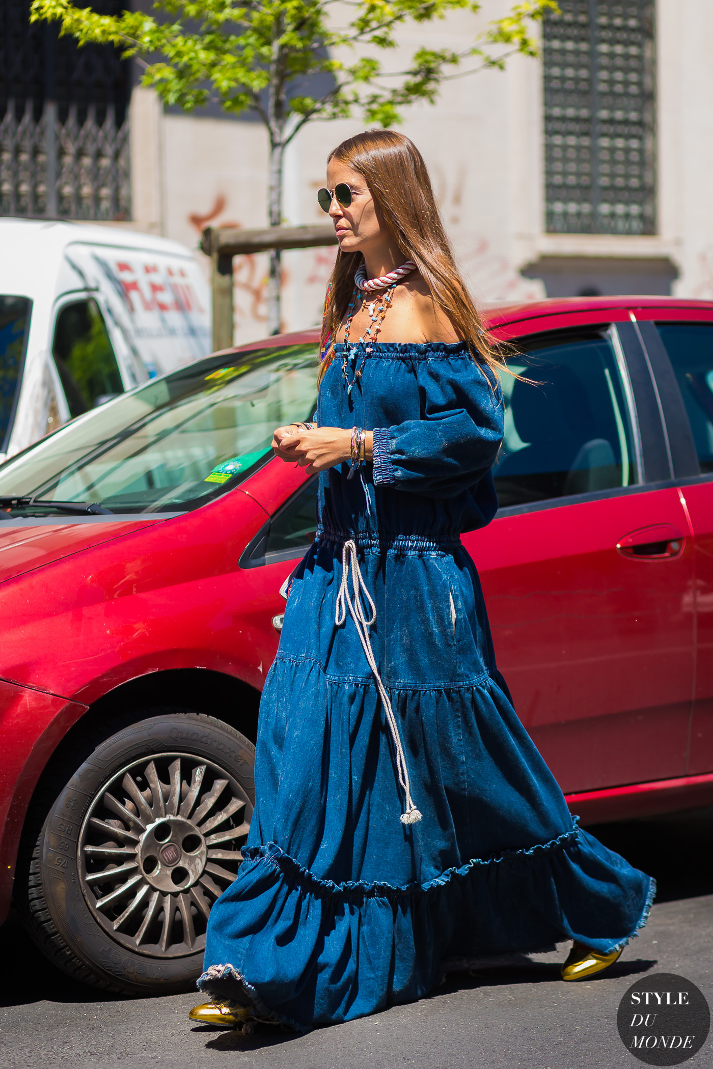 Carlotta Oddi Street Style Street Fashion Streetsnaps by STYLEDUMONDE Street Style Fashion Photography