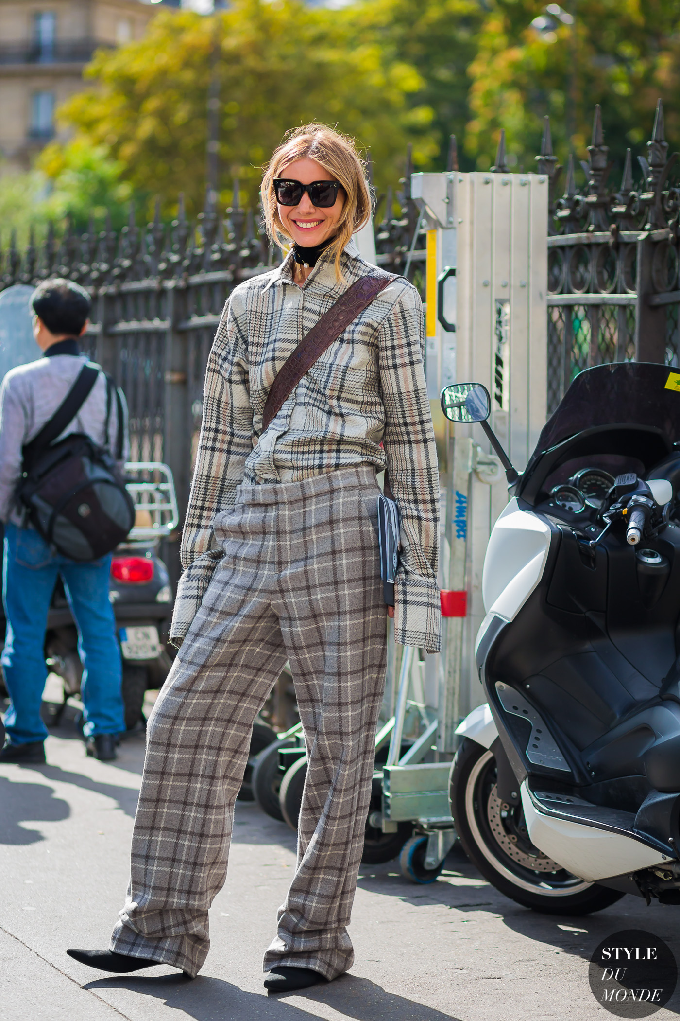 julie-pelipas-pfw-ss17-by-styledumonde-street-style-fashion-photography