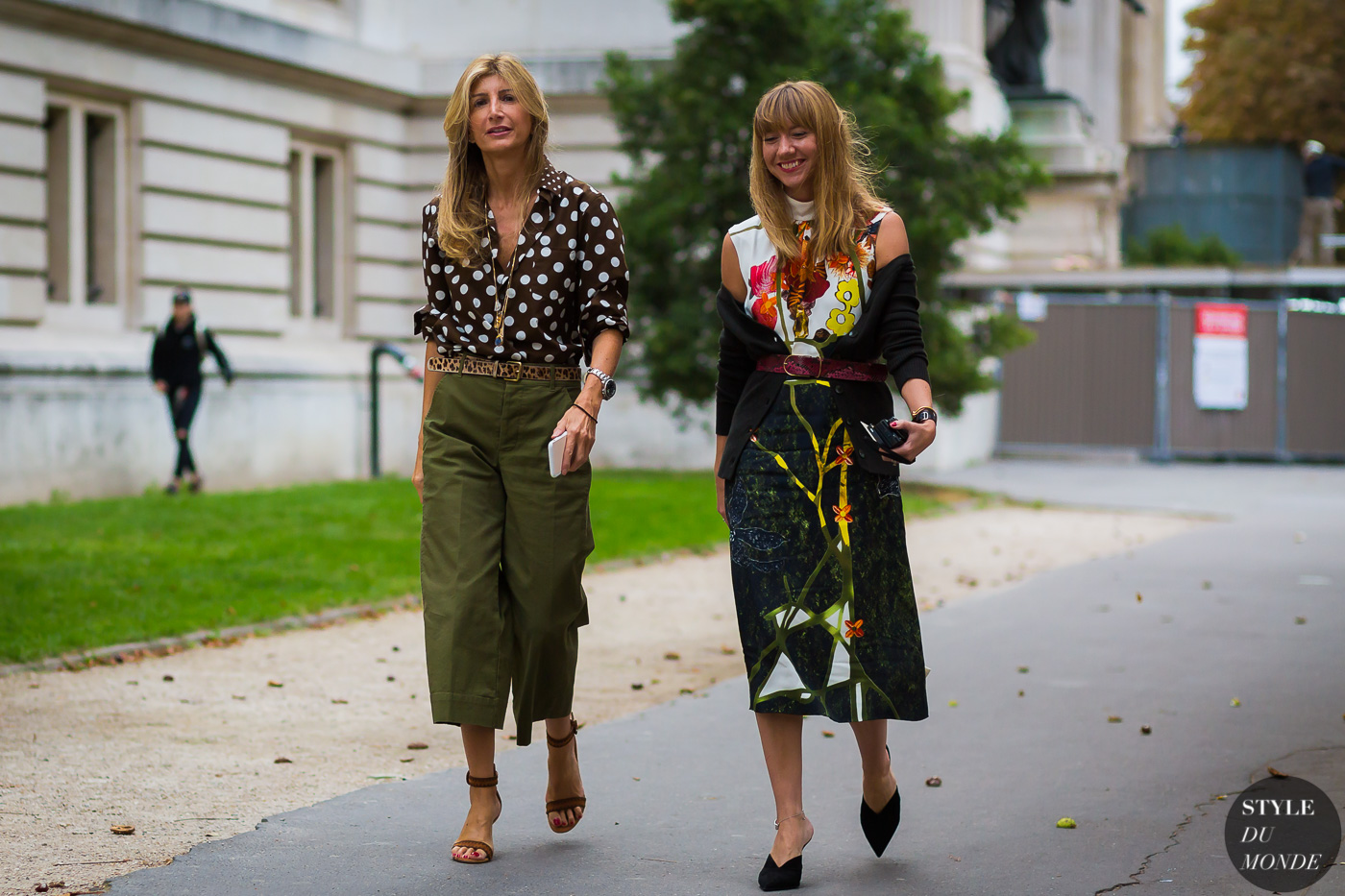 sarah-rutson-and-lisa-aiken-by-styledumonde-street-style-fashion-photography