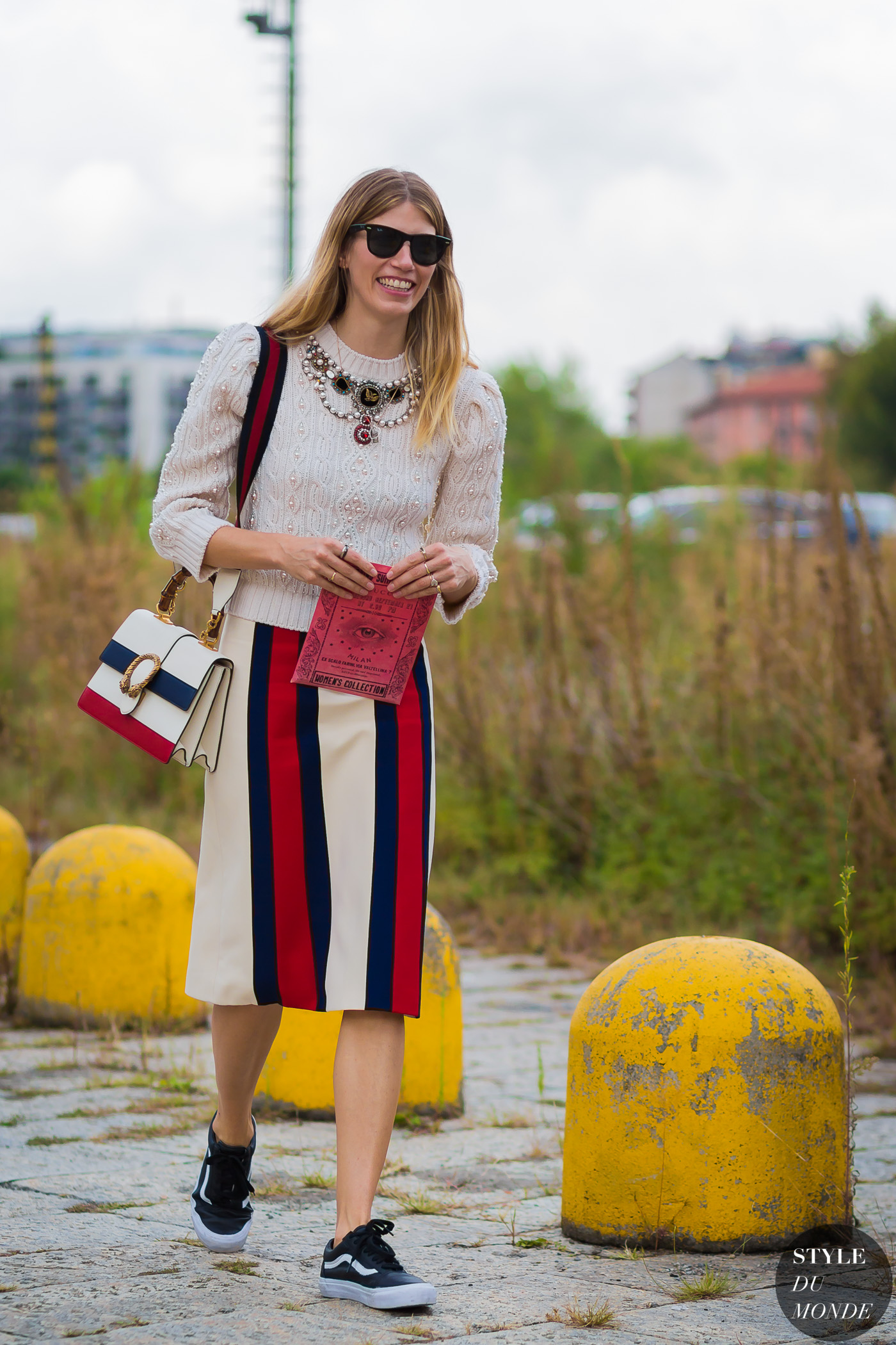 veronika-heilbrunner-by-styledumonde-street-style-fashion-photography