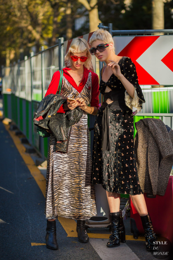 lili-sumner-and-her-friend-by-styledumonde-street-style-fashion-photography