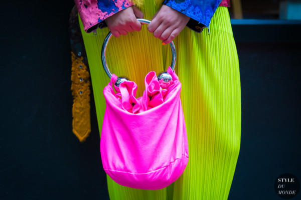 Ashley Williams piercing Handbag Neon pink by STYLEDUMONDE Street Style Fashion Photography