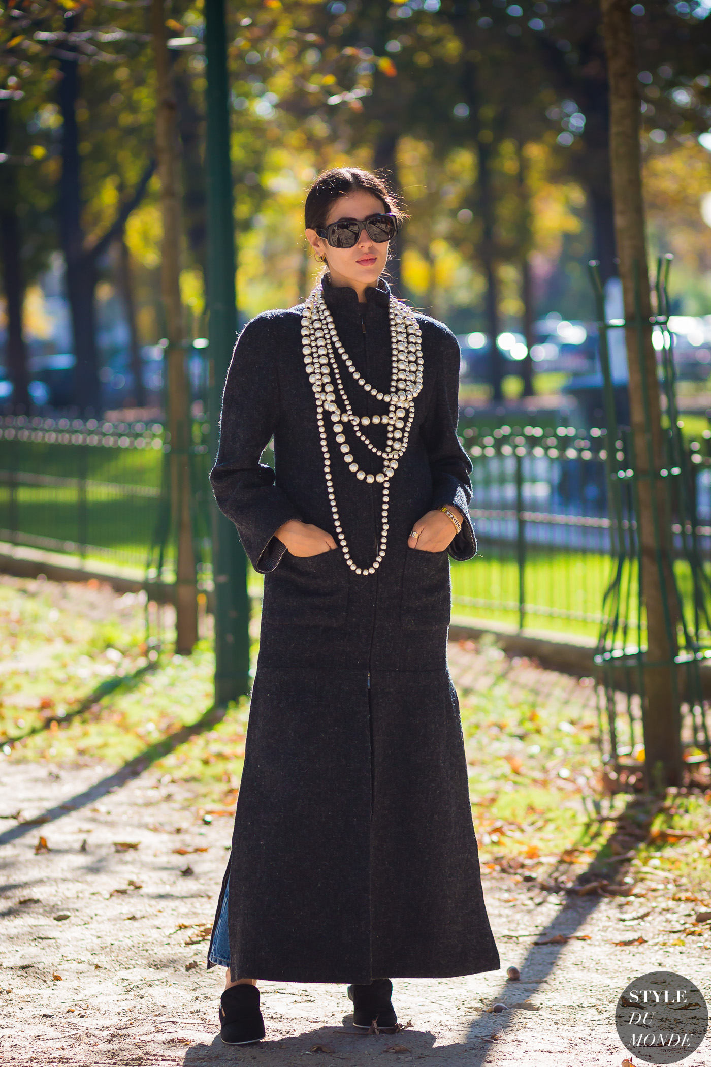 Gilda Ambrosio by STYLEDUMONDE Street Style Fashion Photography