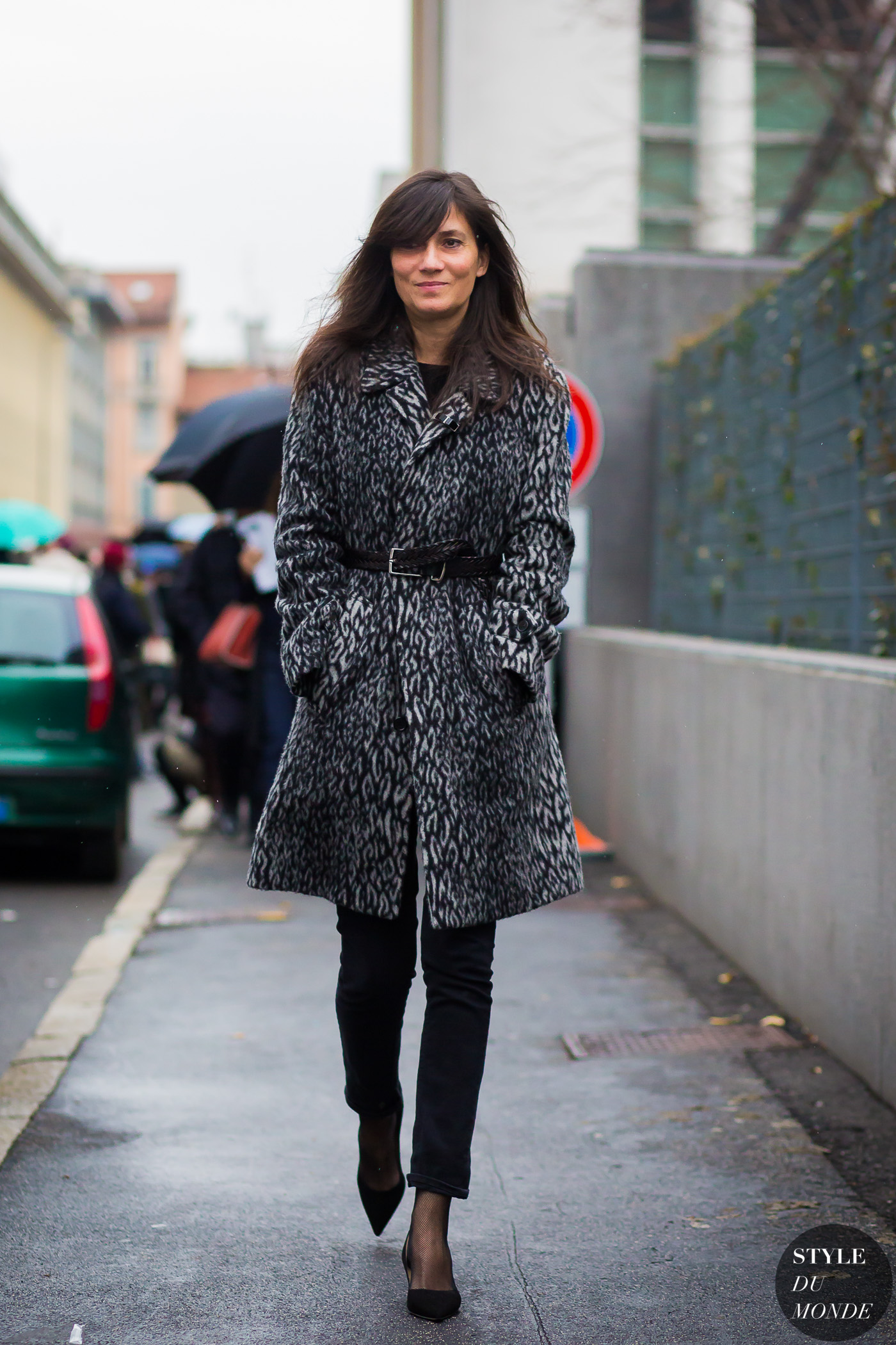 Emmanuelle Alt by STYLEDUMONDE Street Style Fashion Photography