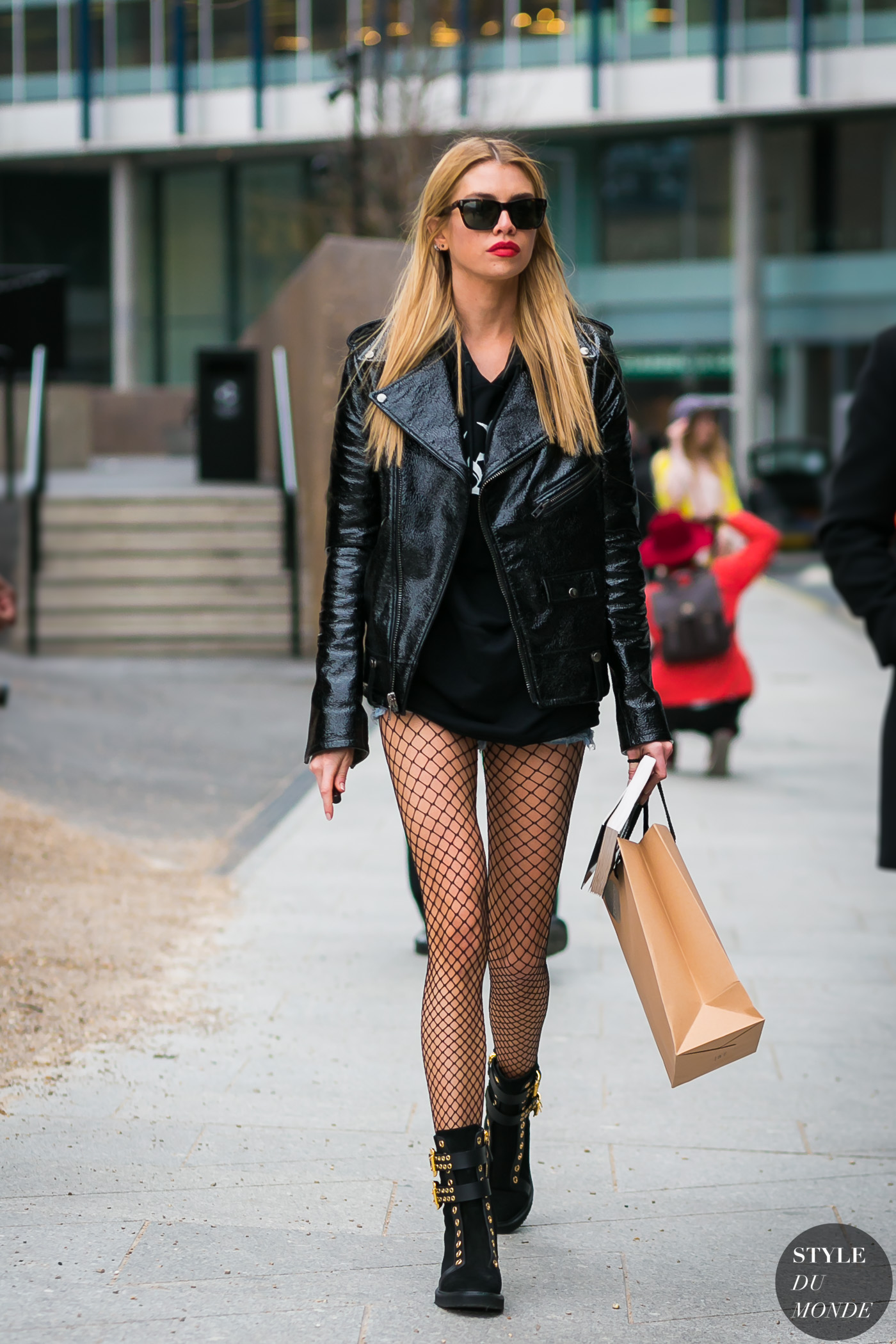 Stella Maxwell by STYLEDUMONDE Street Style Fashion Photography