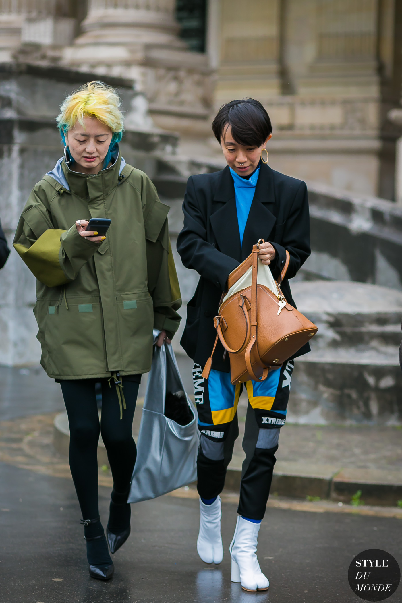 Itoi Kuriyama and Ayaka Endo by STYLEDUMONDE Street Style Fashion Photography