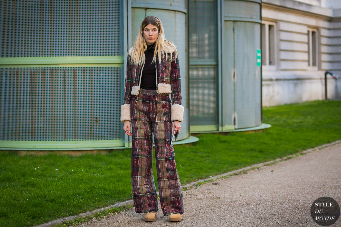 Veronika Heilbrunner by STYLEDUMONDE Street Style Fashion Photography