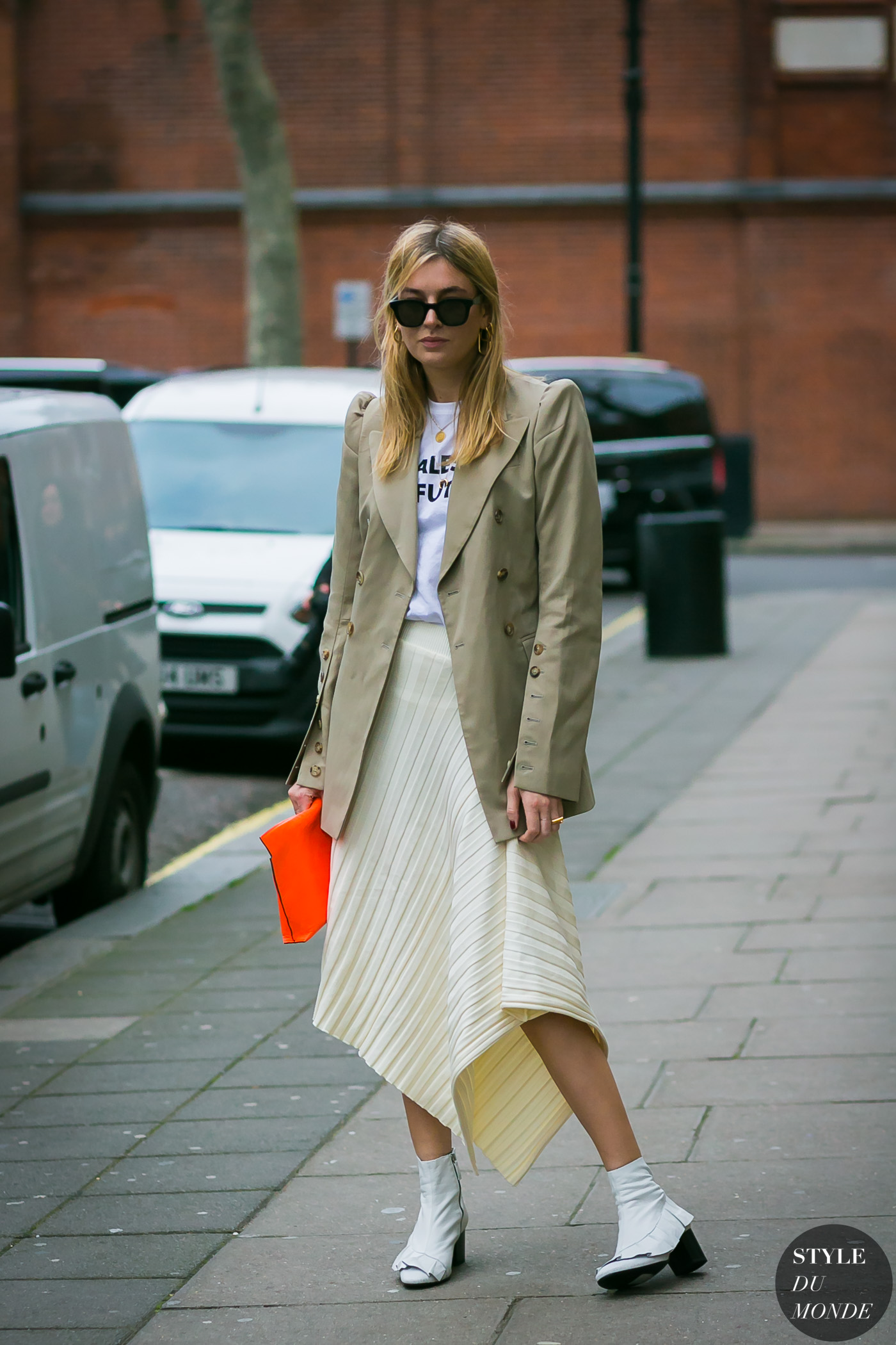 Camille Charriere by STYLEDUMONDE Street Style Fashion Photography