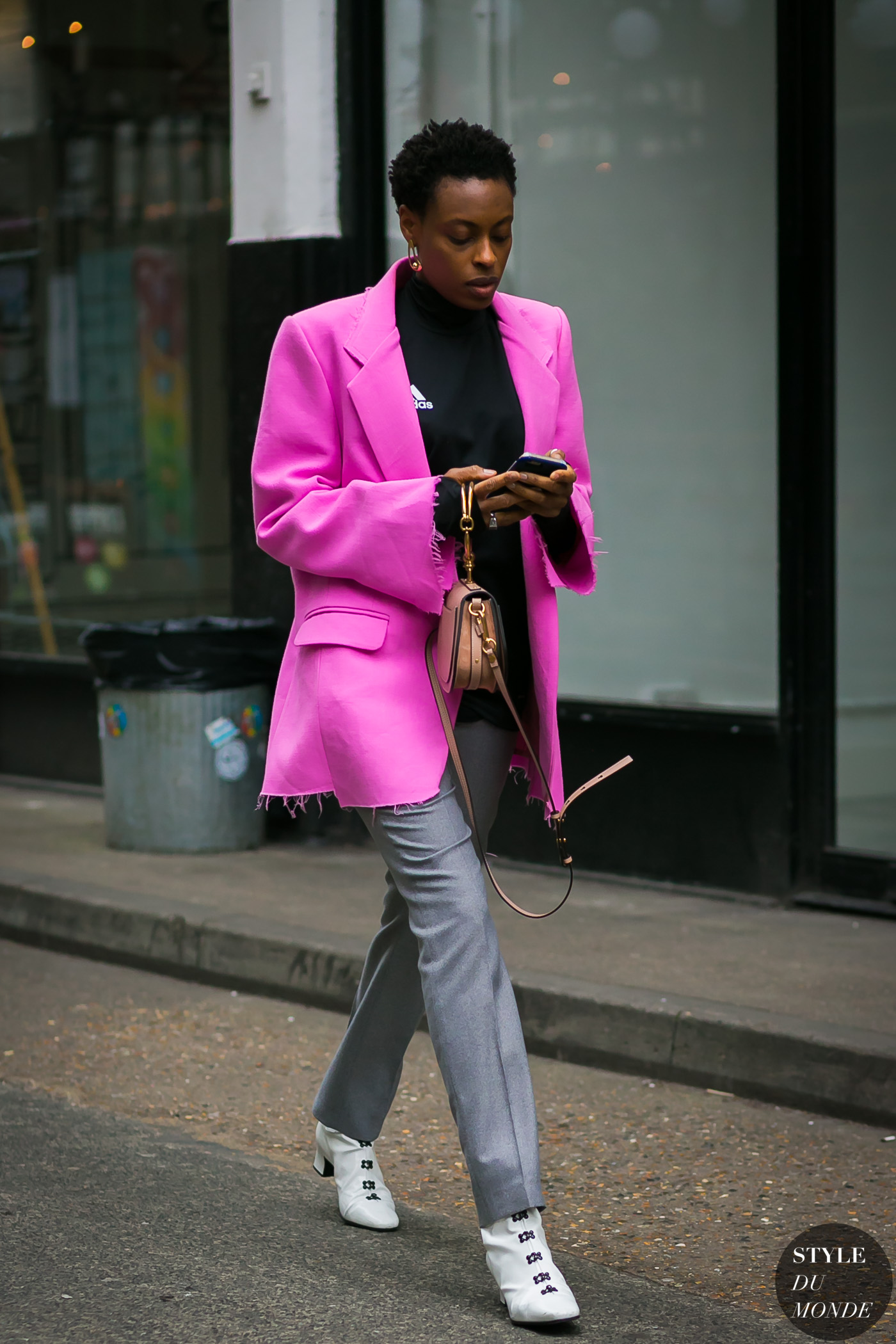 Donna Wallace by STYLEDUMONDE Street Style Fashion Photography